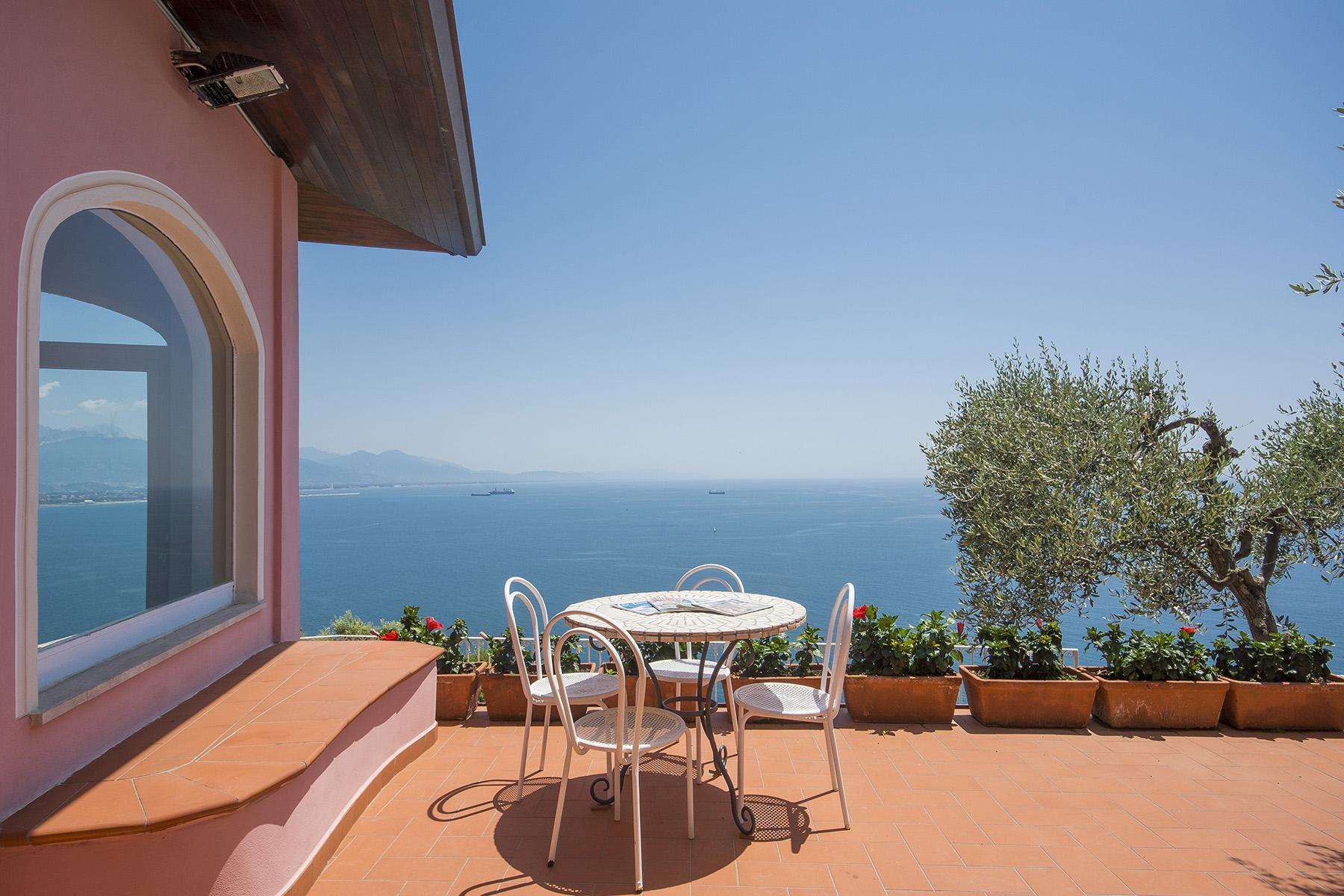 Charmante Luxusvilla mit Pool und Blick auf das Ligurische Meer - 1