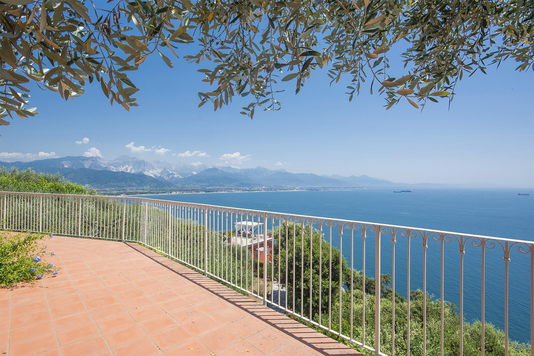 Charming luxury villa with swimming pool overlooking the Ligurian sea - 12