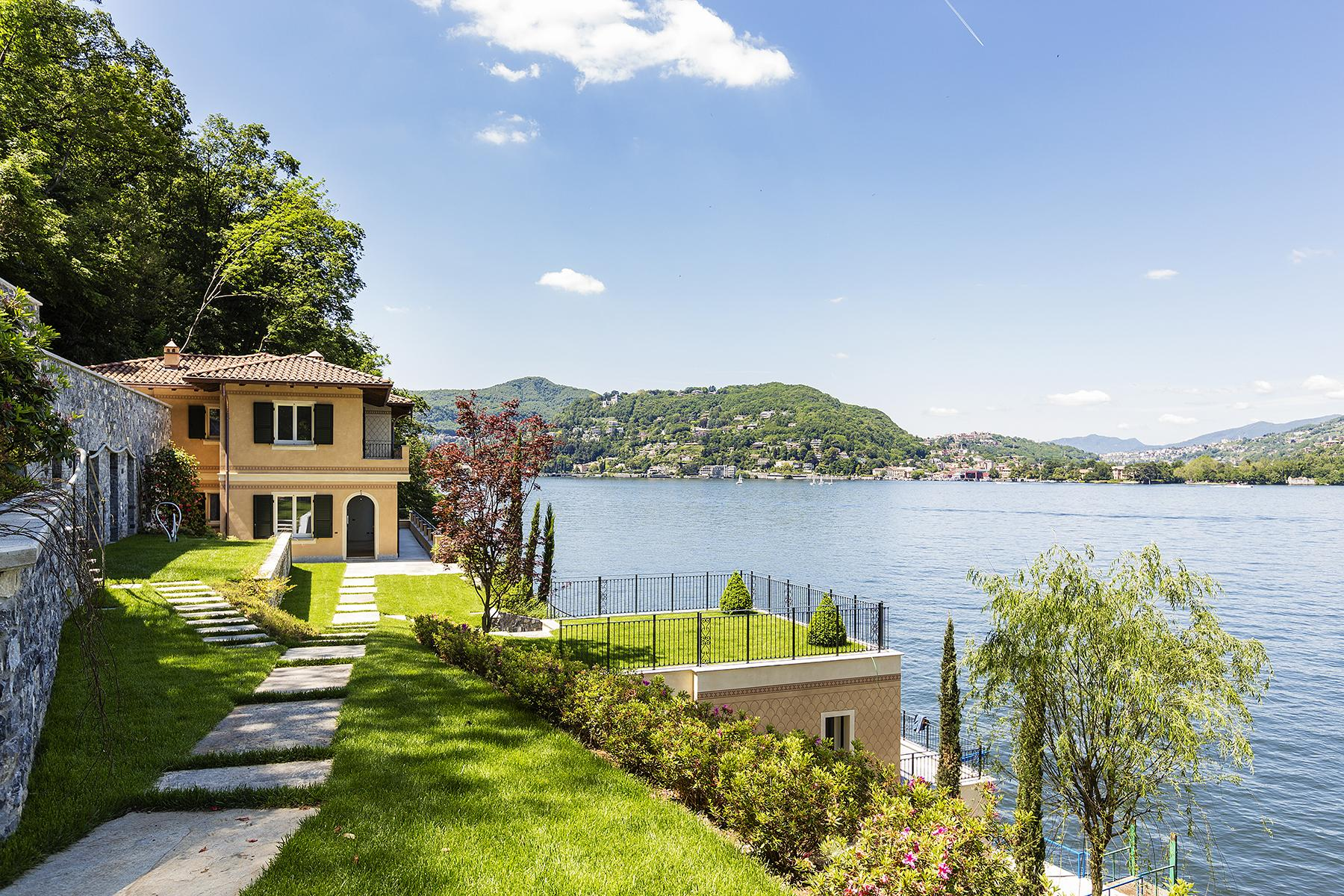 Fascinating villa in one of the most strategic areas of the lake - 15
