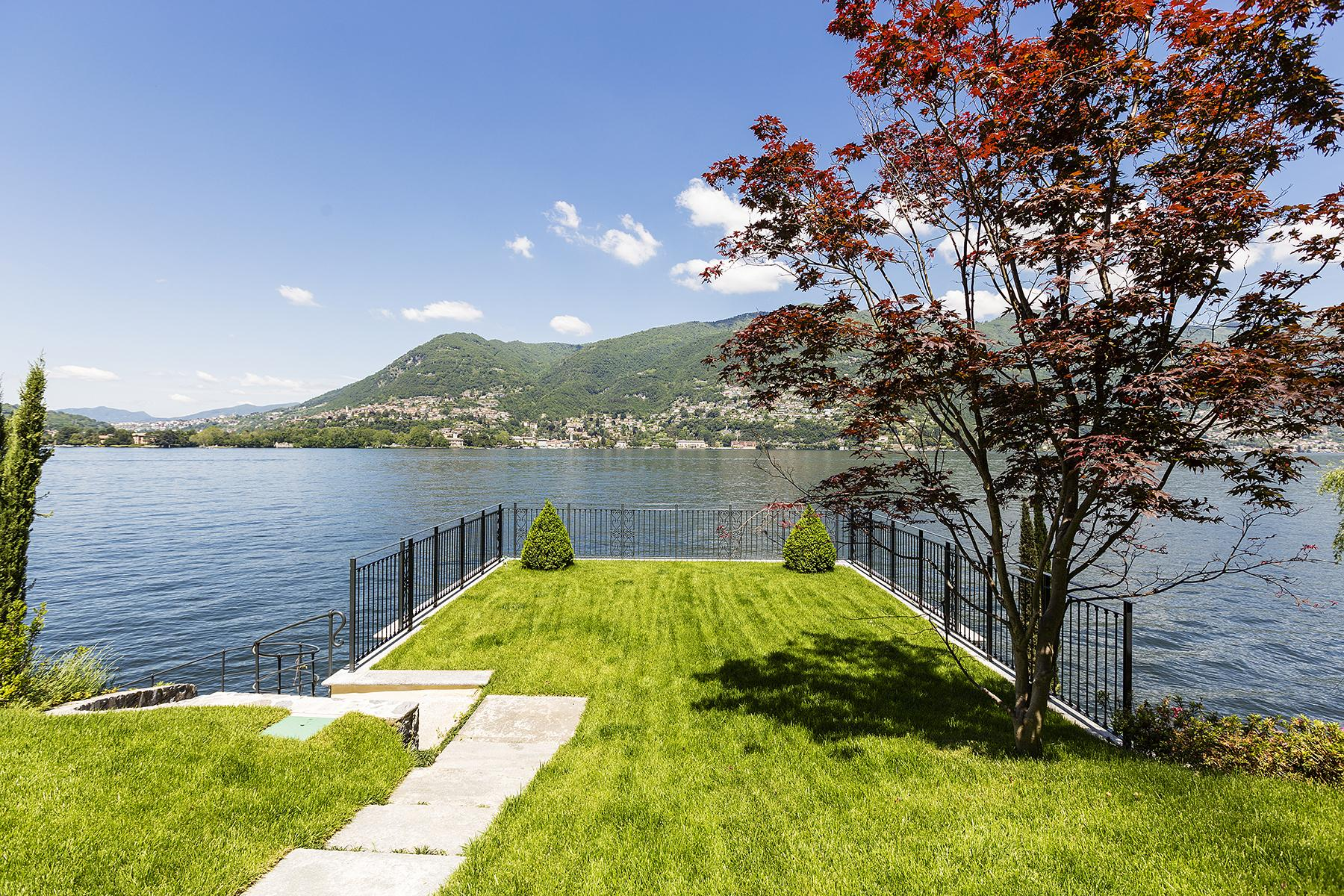 Fascinating villa in one of the most strategic areas of the lake - 21