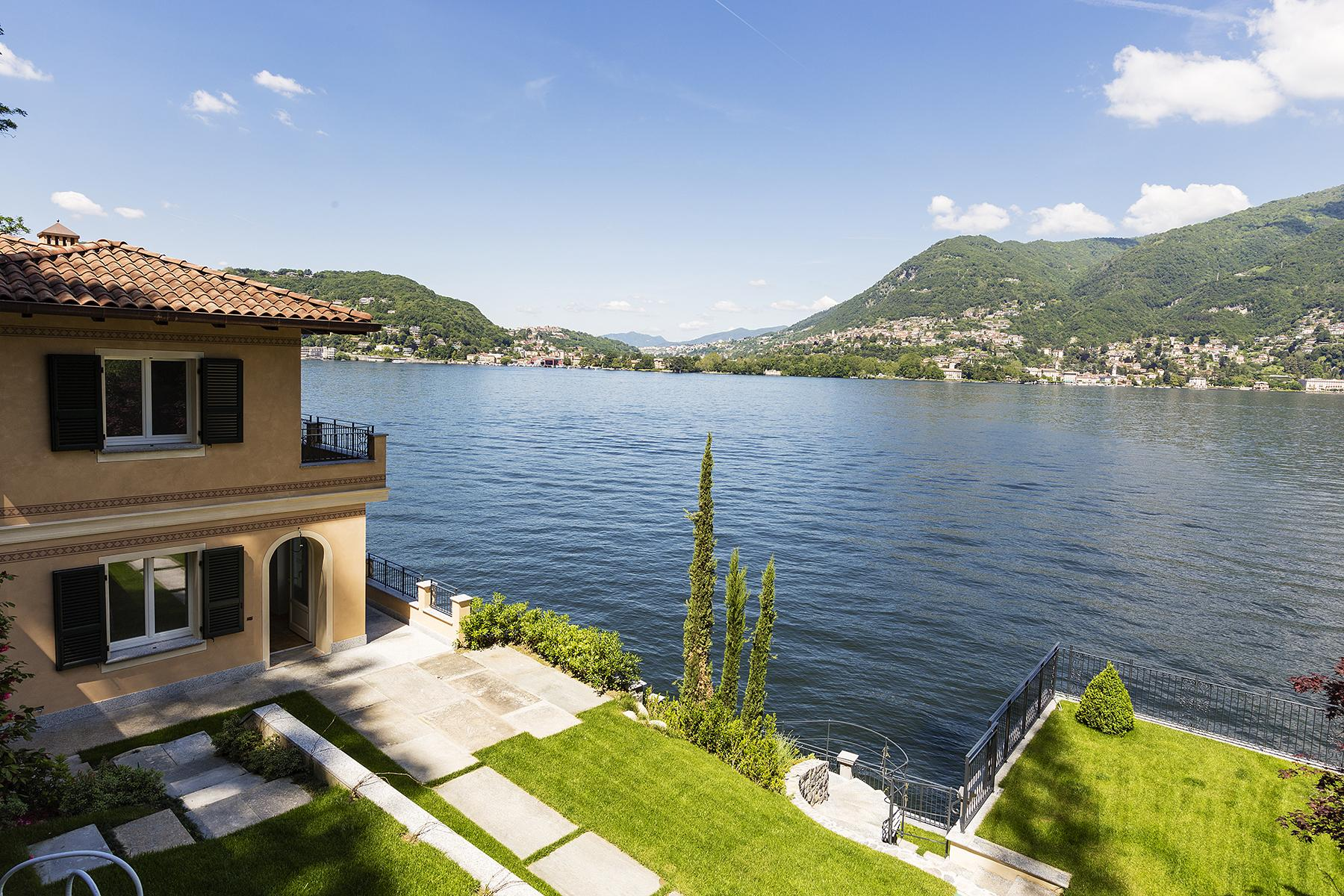 Fascinating villa in one of the most strategic areas of the lake - 2