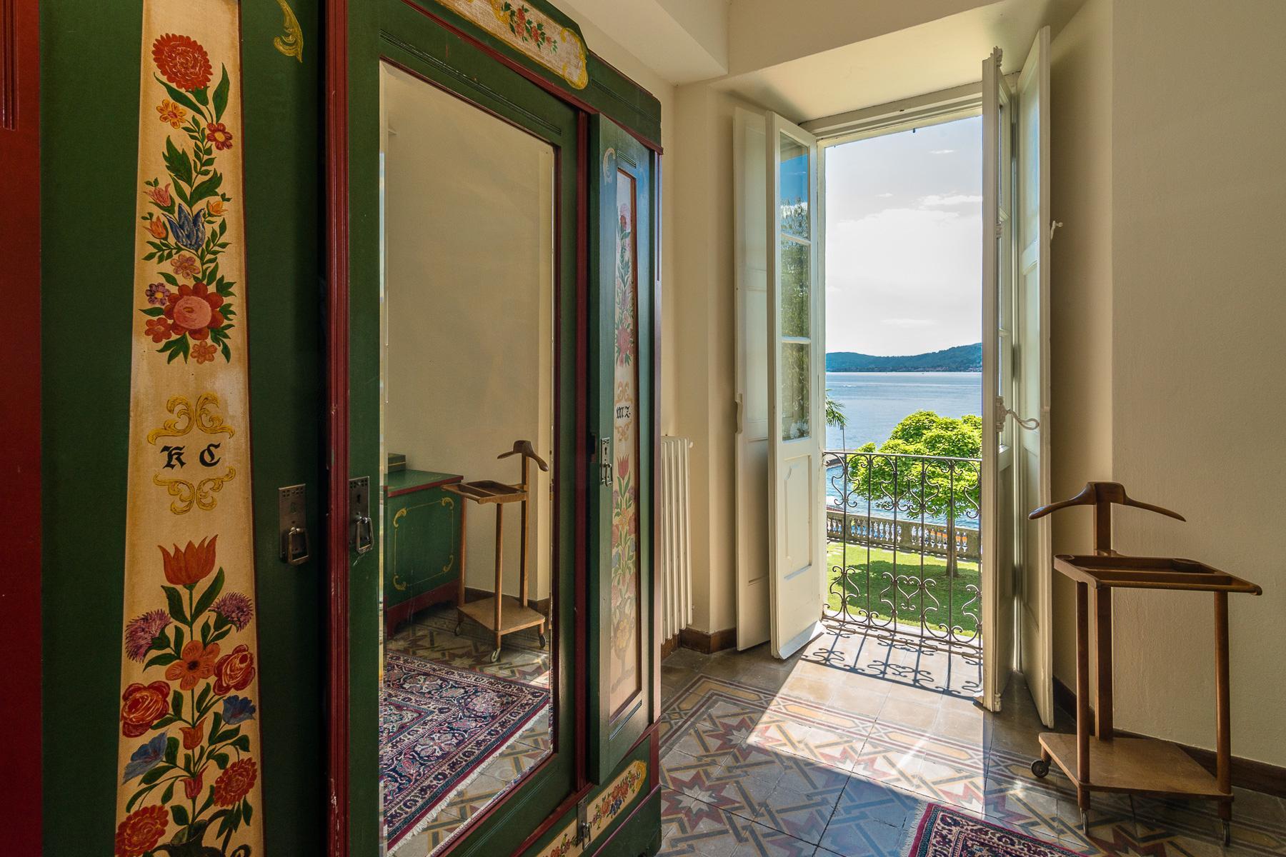 Casa storica direttamente sul lago Maggiore - 13