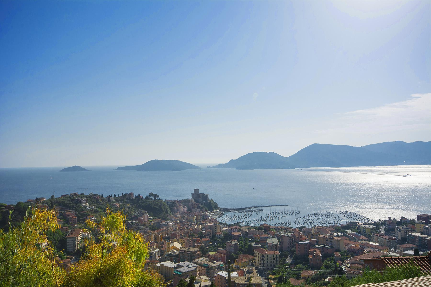 Elegant luxury villa with breathtaking views over the Lerici bay - 10