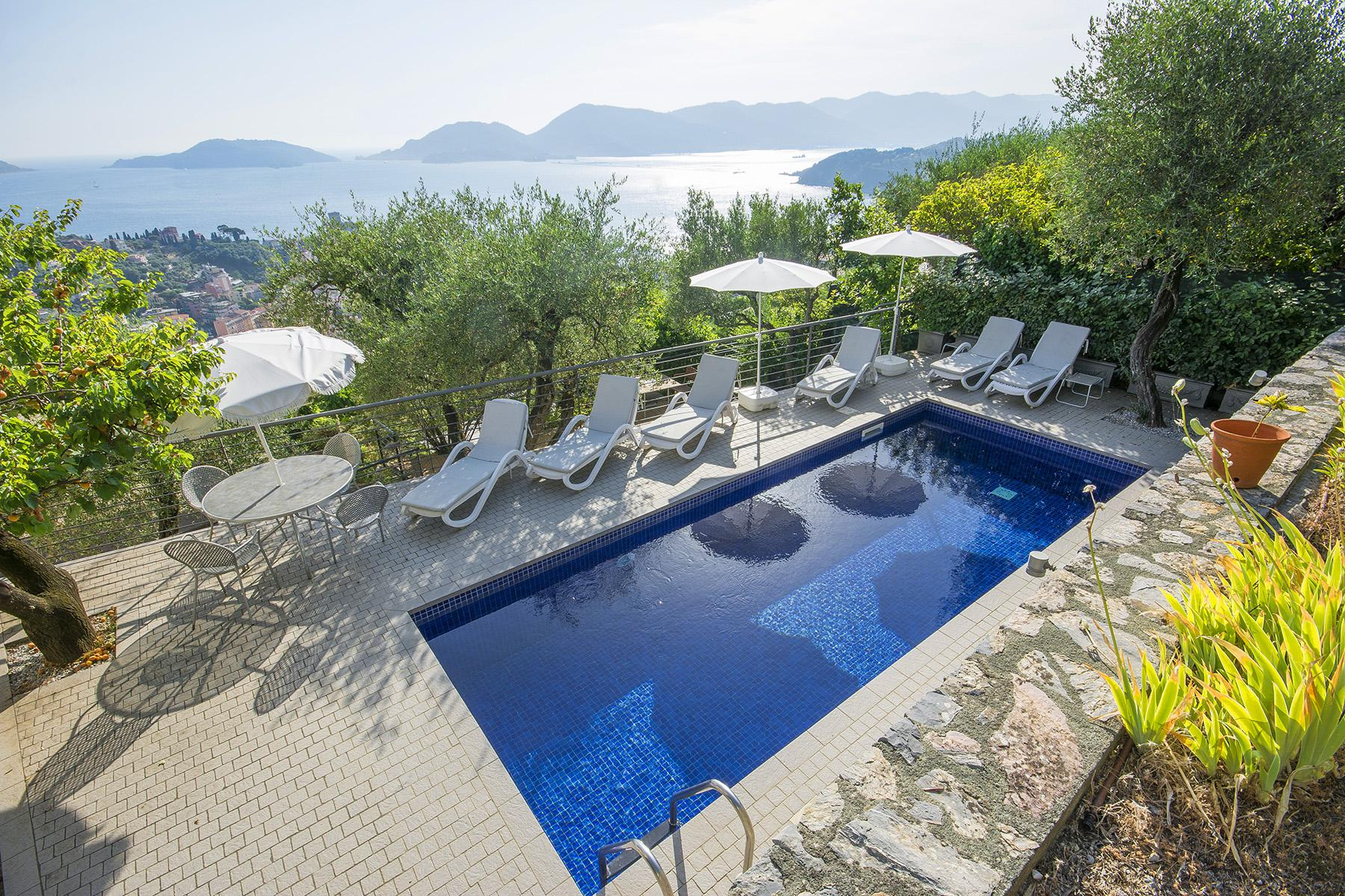 Elegant luxury villa with breathtaking views over the Lerici bay - 2