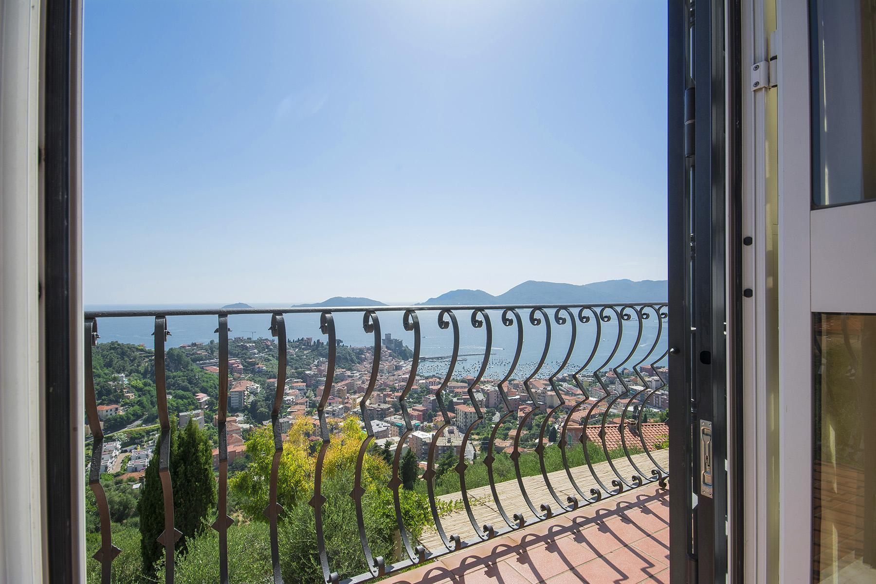 Elegant luxury villa with breathtaking views over the Lerici bay - 8