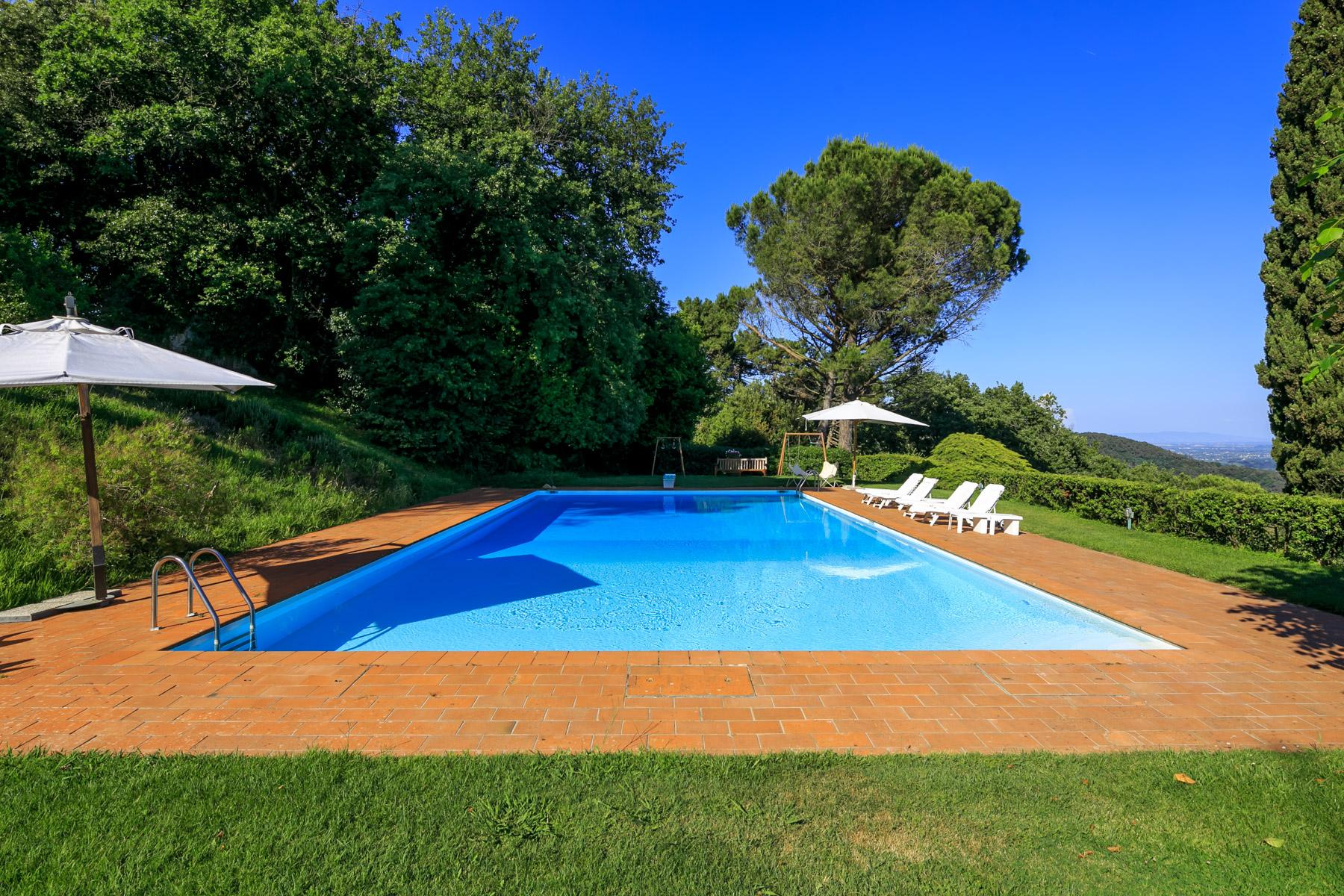 Villa with panoramic views over Versilia - 30