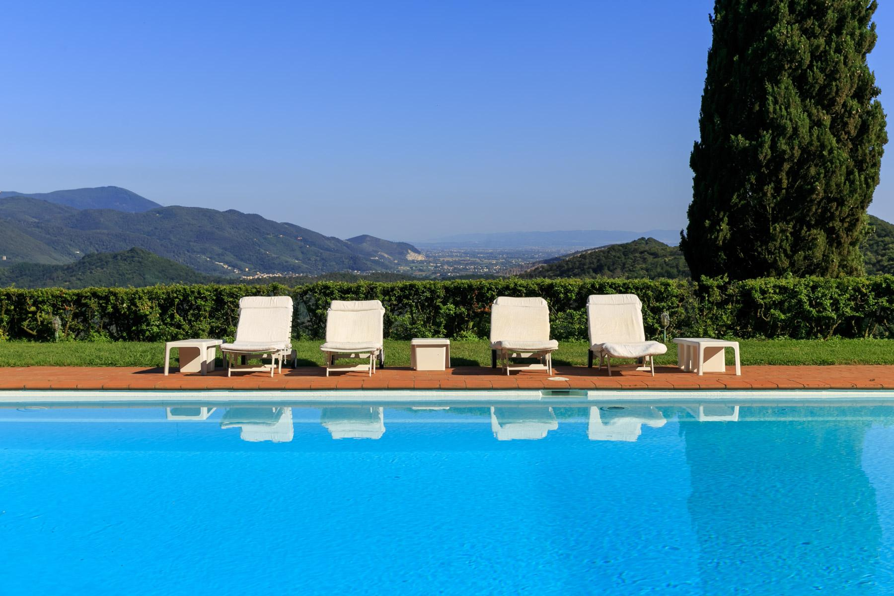 Villa with panoramic views over Versilia - 4