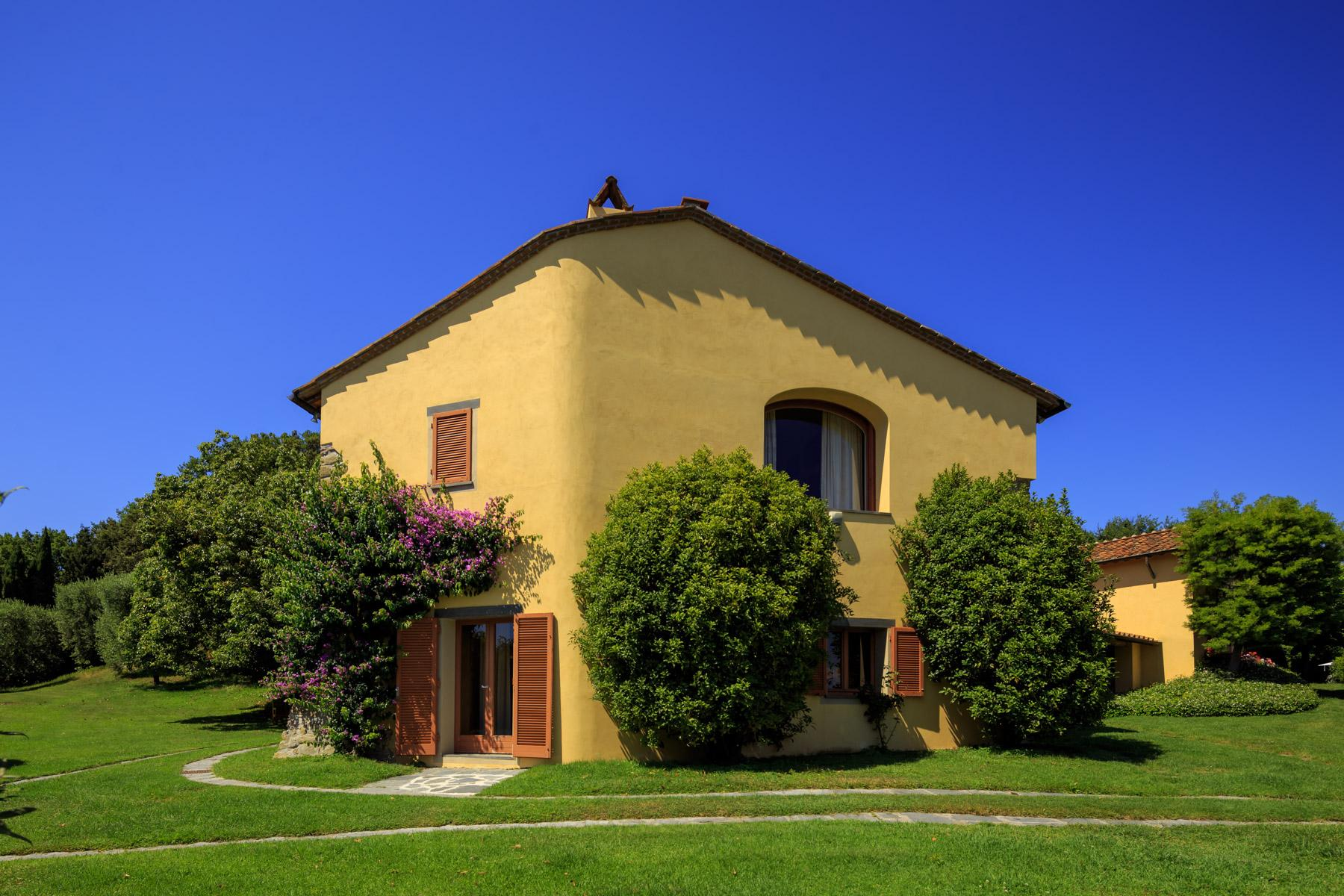 Villa with panoramic views over Versilia - 24