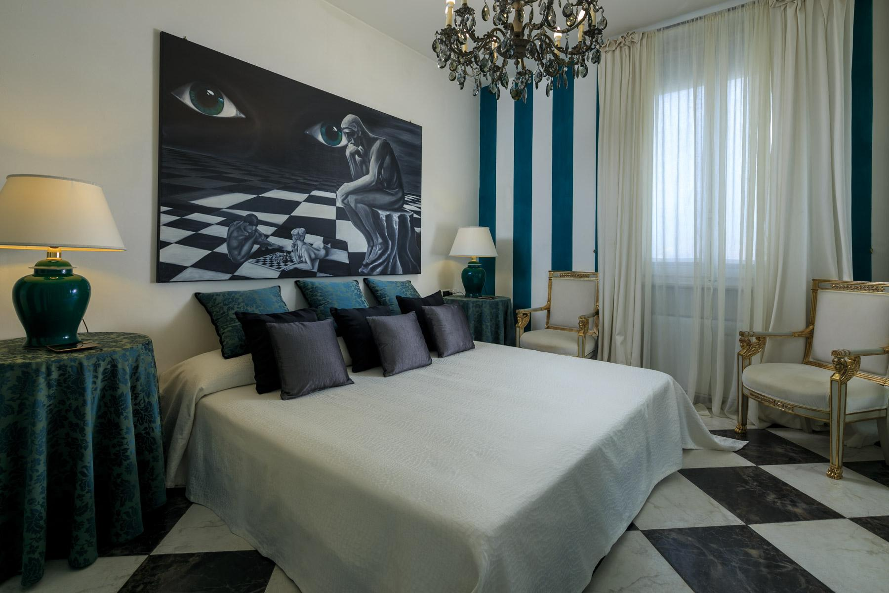 Seafront Villa with tower in Forte dei Marmi - 9