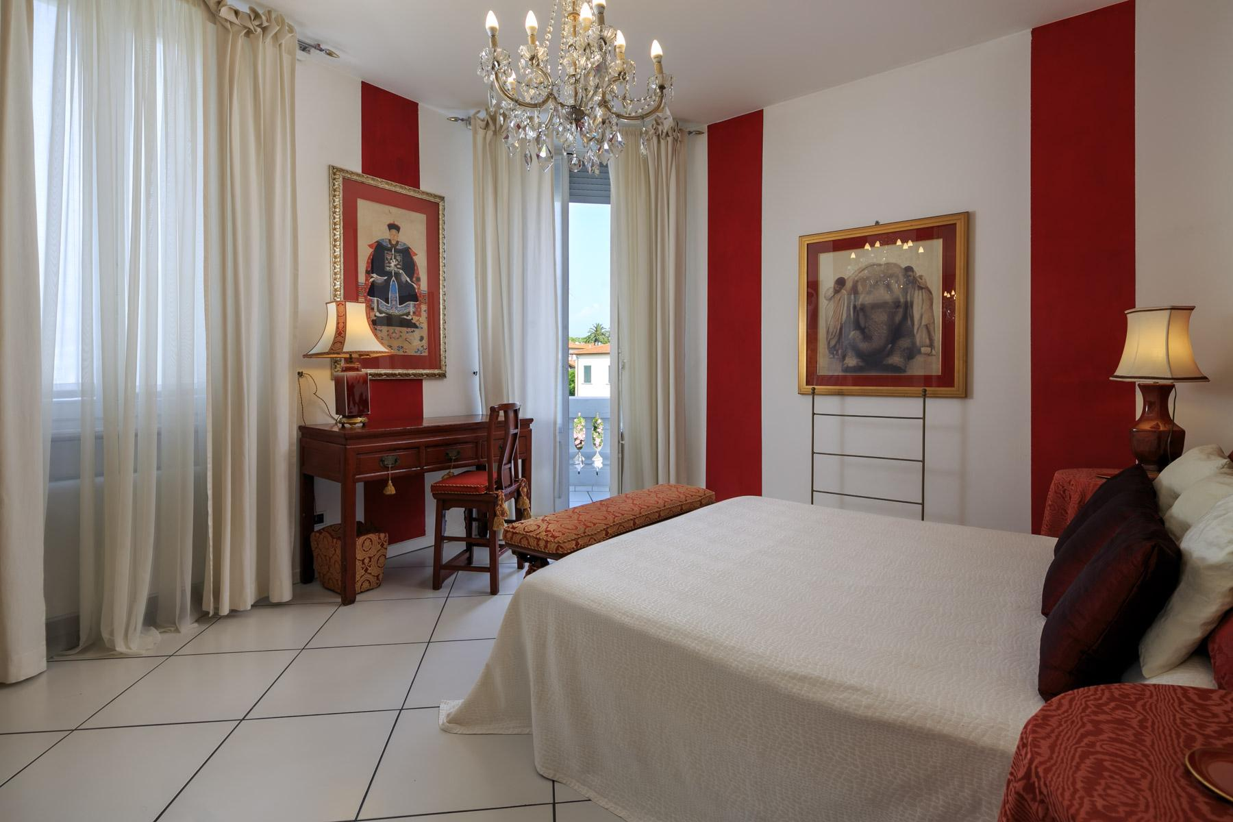 Seafront Villa with tower in Forte dei Marmi - 10