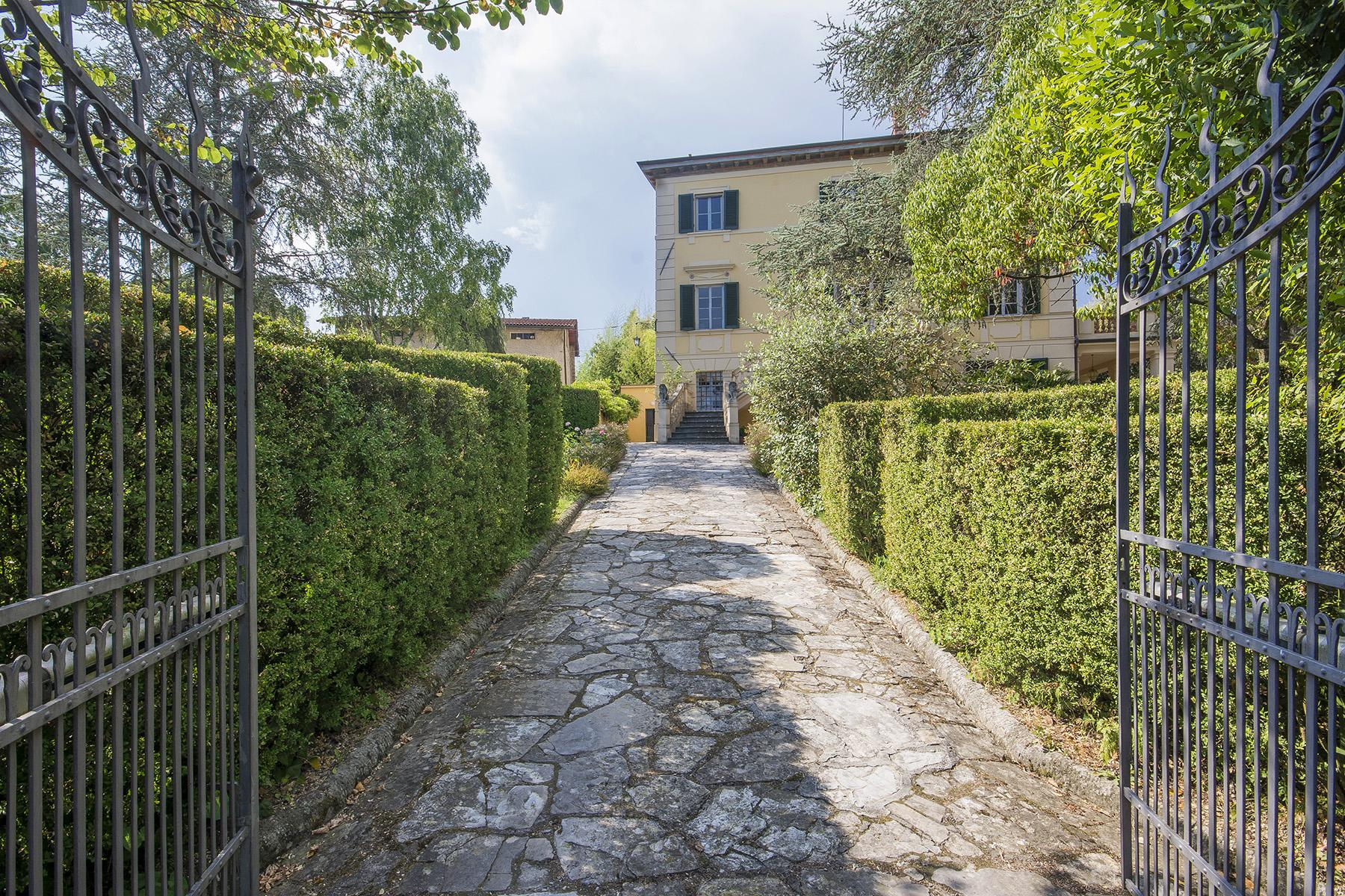 Beautiful XIX Century period villa with park near Lucca - 2