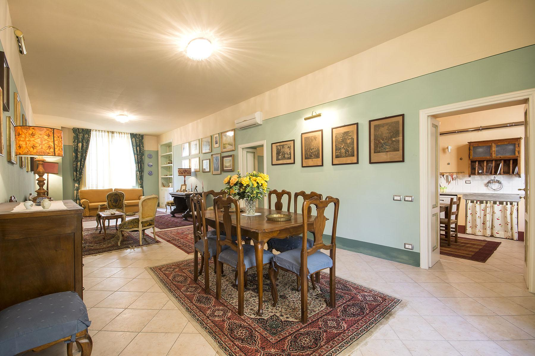 Bright apartment with view in the heart of Lucca - 2