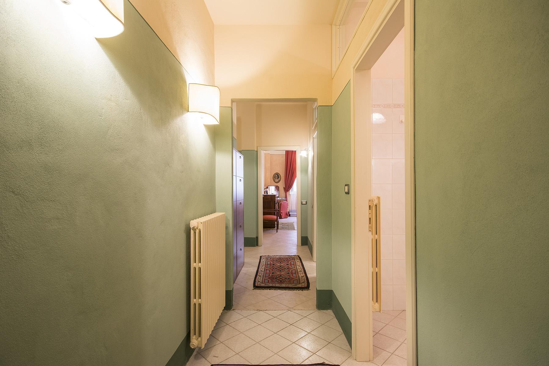 Светлая квартира с видом в центре Лукки - 9