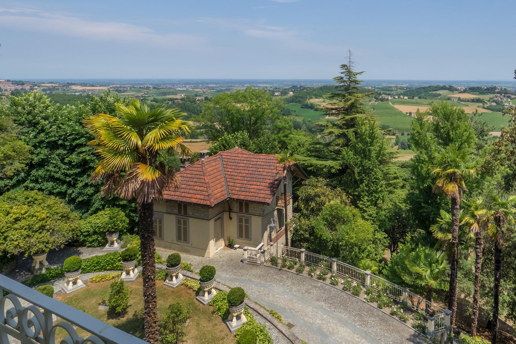 Величественная вилла в стиле Либерти, расположенная в одной из самых живописных деревень Италии - 12