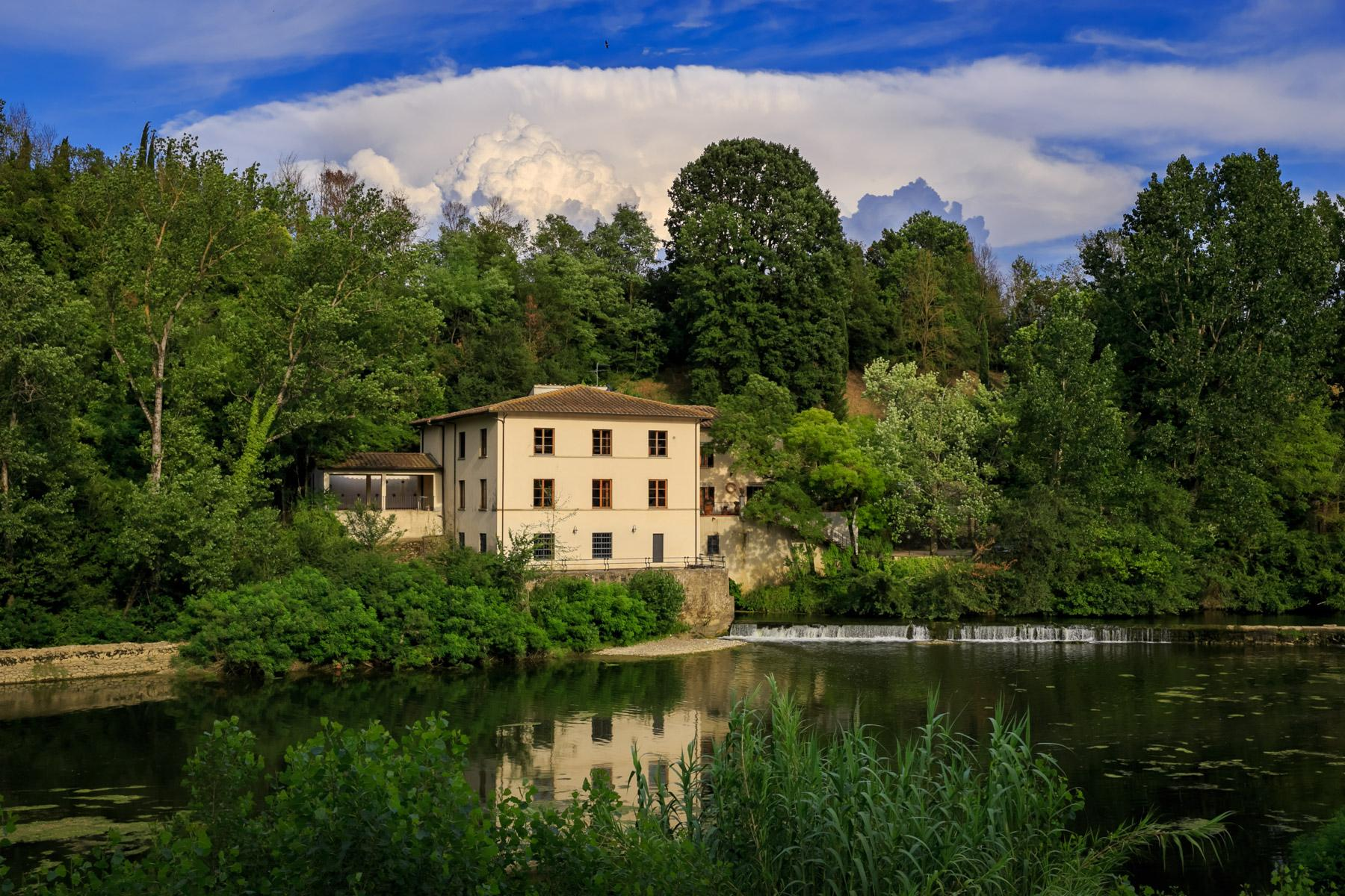 Enchanting former mill on the banks of the Arno river - 2