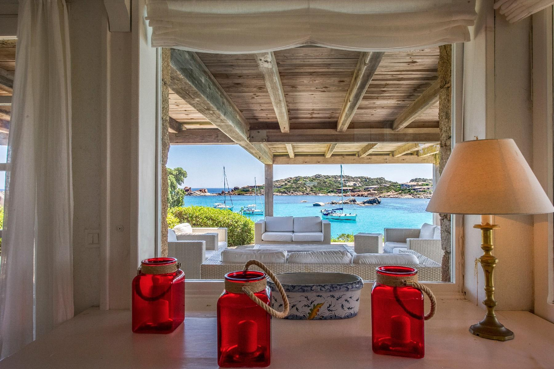 Cavallo Island, Corsica - Secluded villa with breathtaking seaview - 6