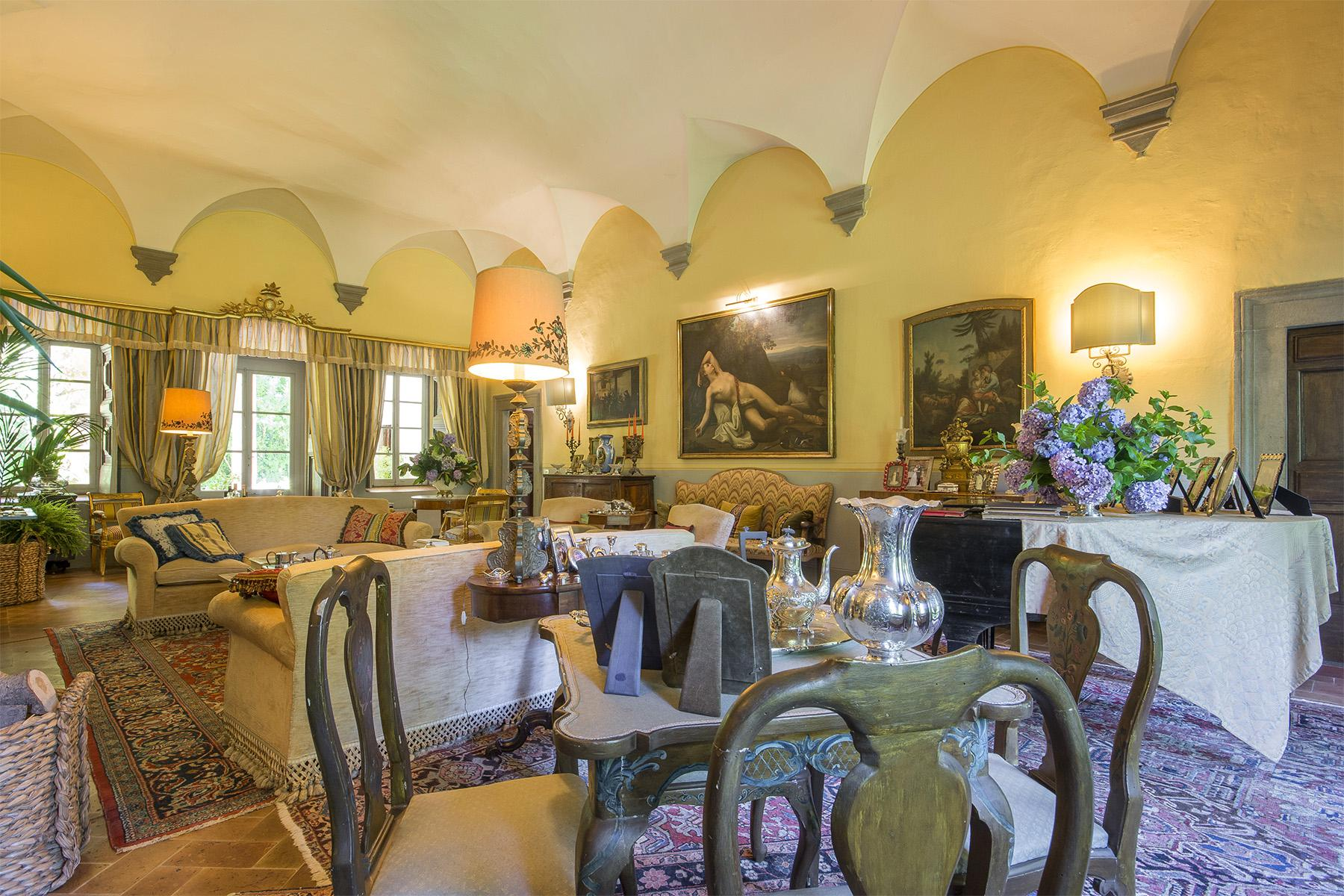 Enchanted Villa in the countryside of Vorno - 16