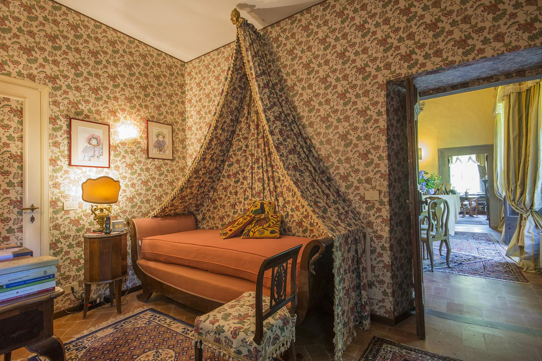 Enchanted Villa in the countryside of Vorno - 11