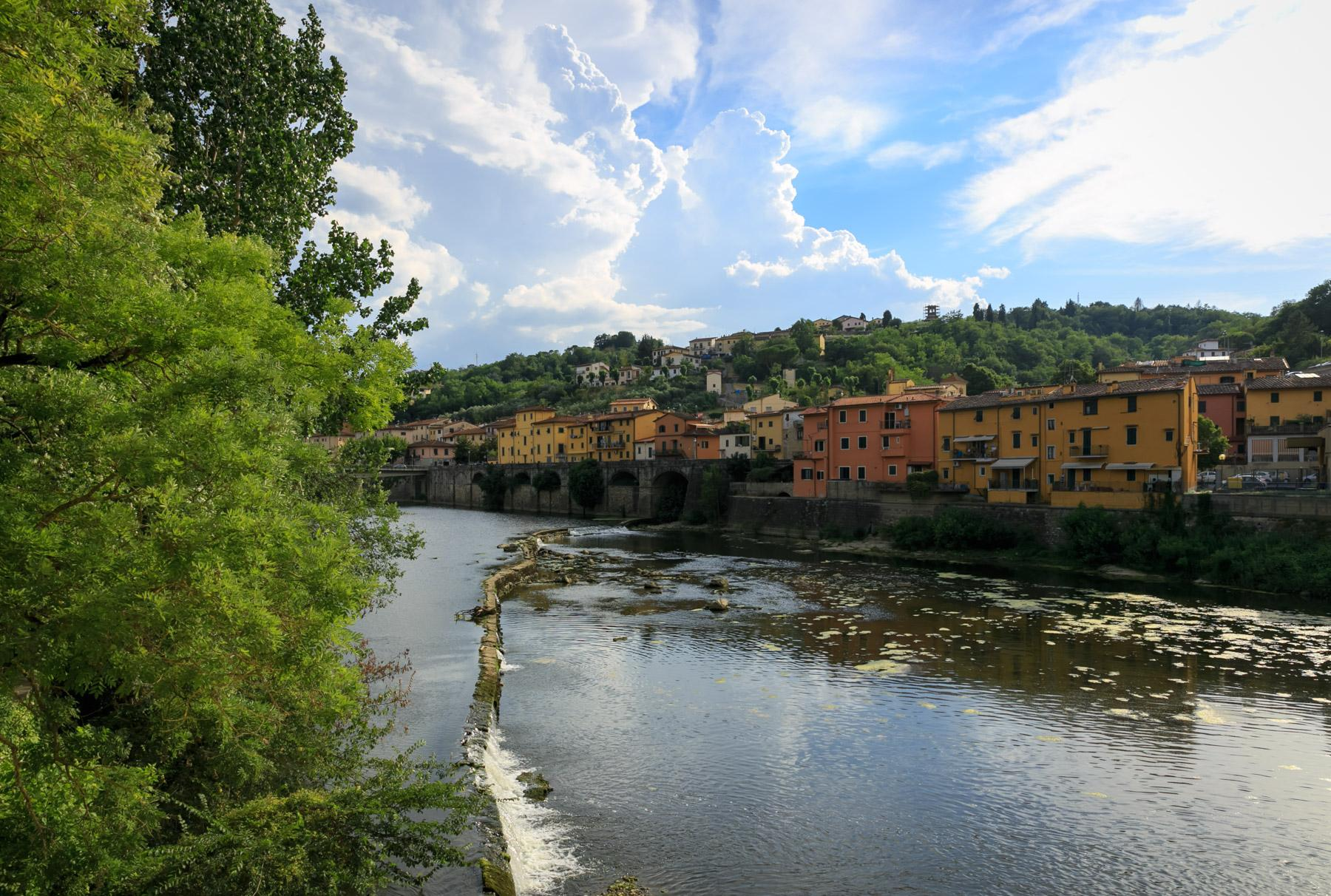 Enchanting former mill on the banks of the Arno river - 15