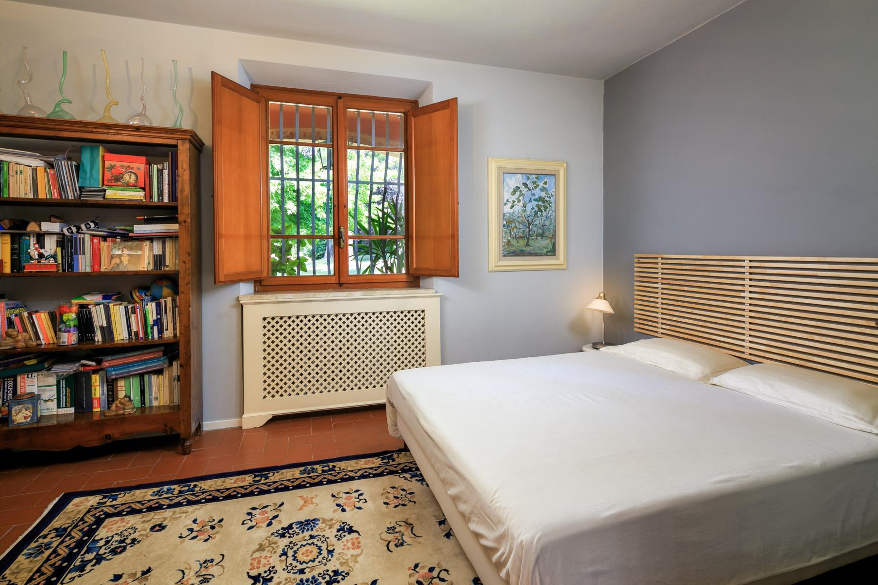 Elegante Villa mit Park und Olivenhainen auf dem Land Luccas - 9