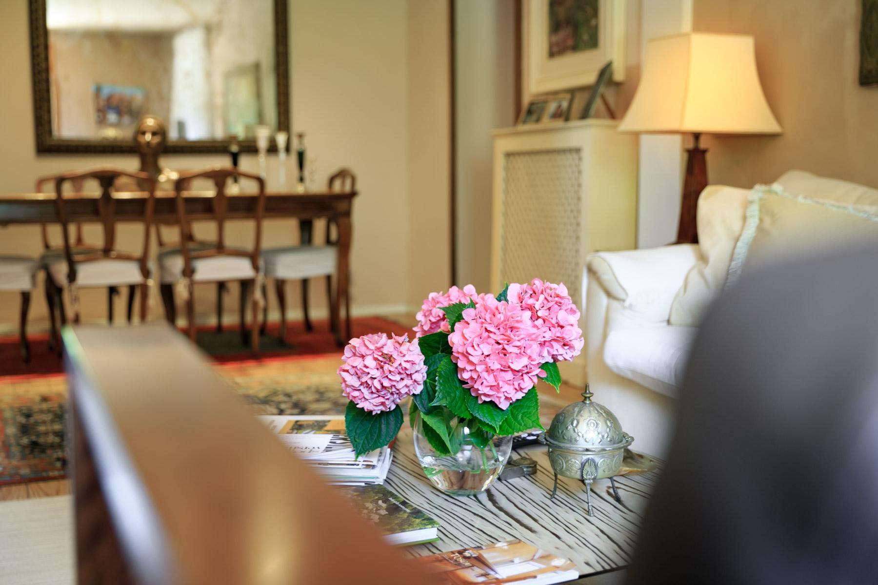Elegante Villa mit Park und Olivenhainen auf dem Land Luccas - 7