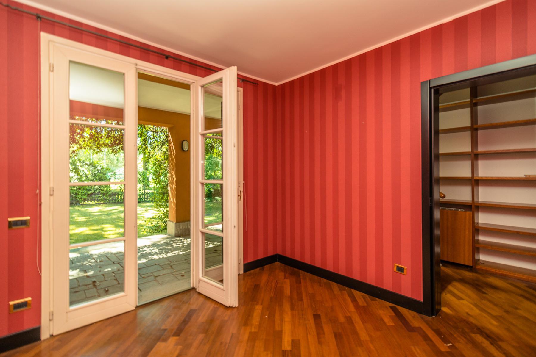 Elegant villa located within the golf club of Castelconturbia - 10