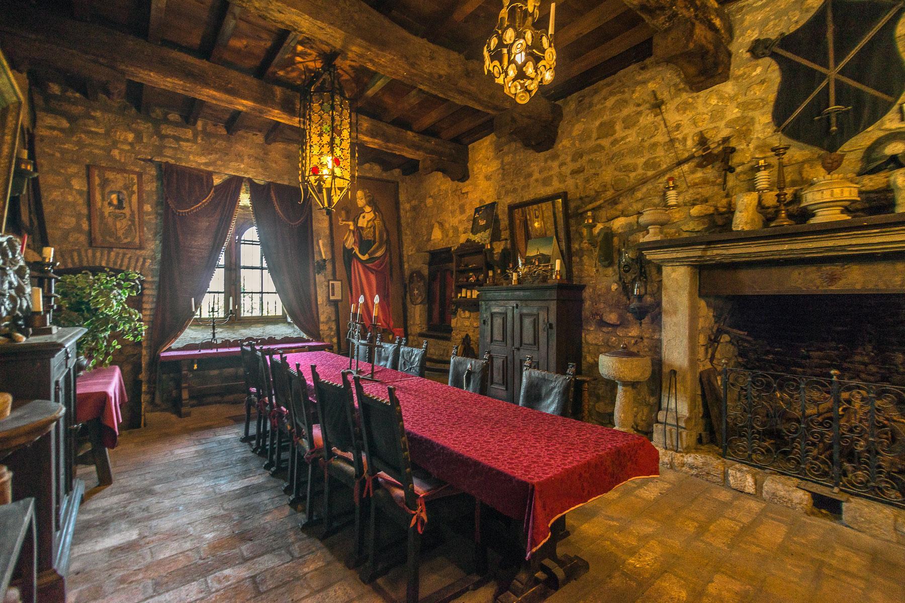 Château de Oramala - 5