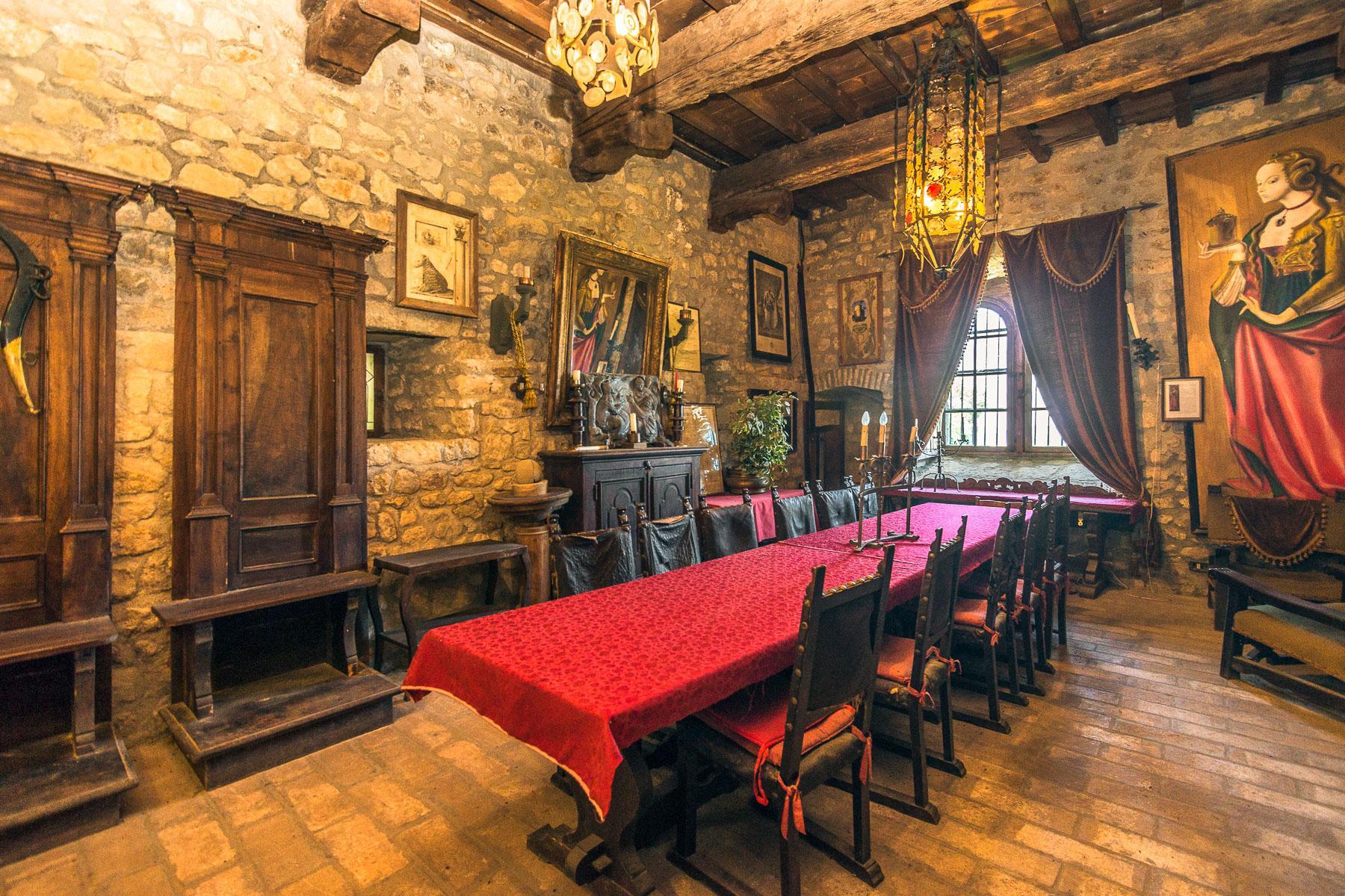 Château de Oramala - 6
