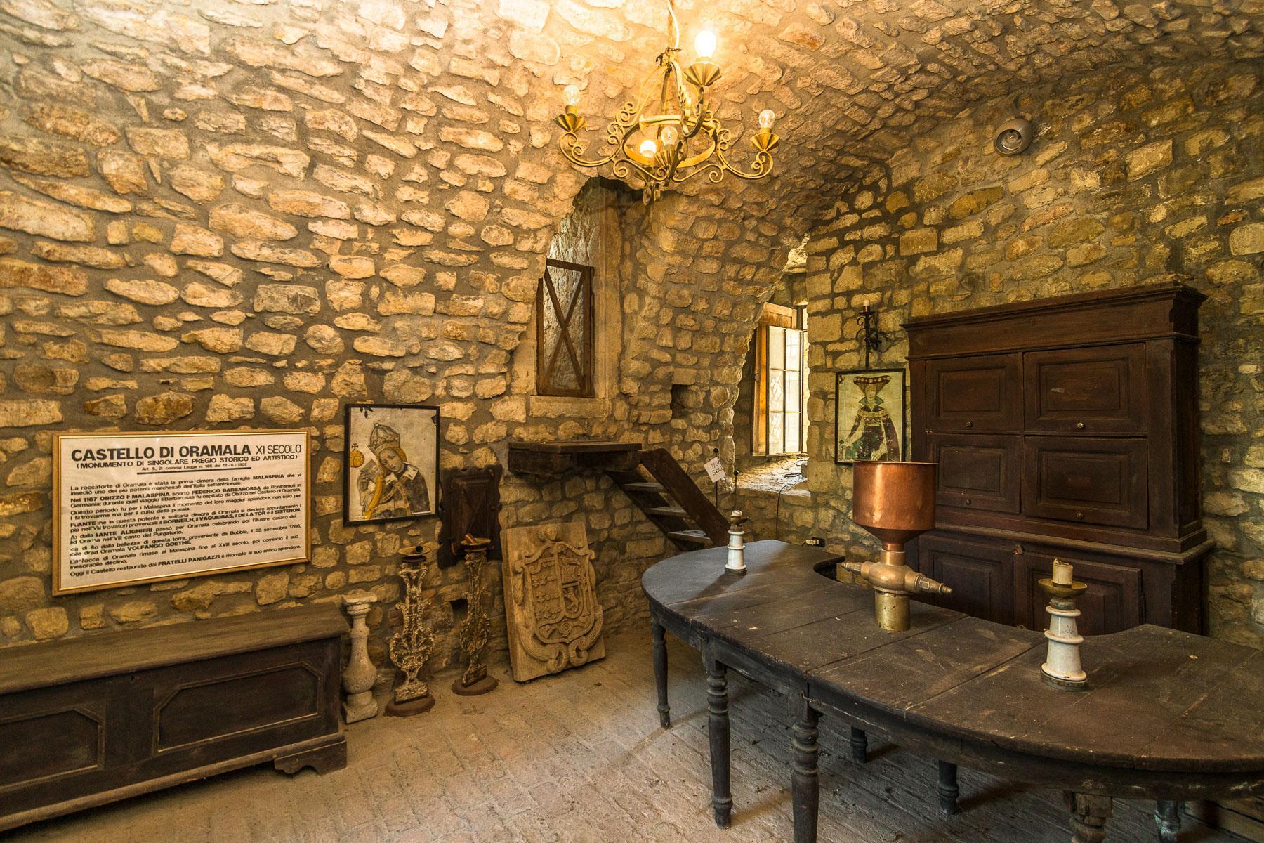 Château de Oramala - 9