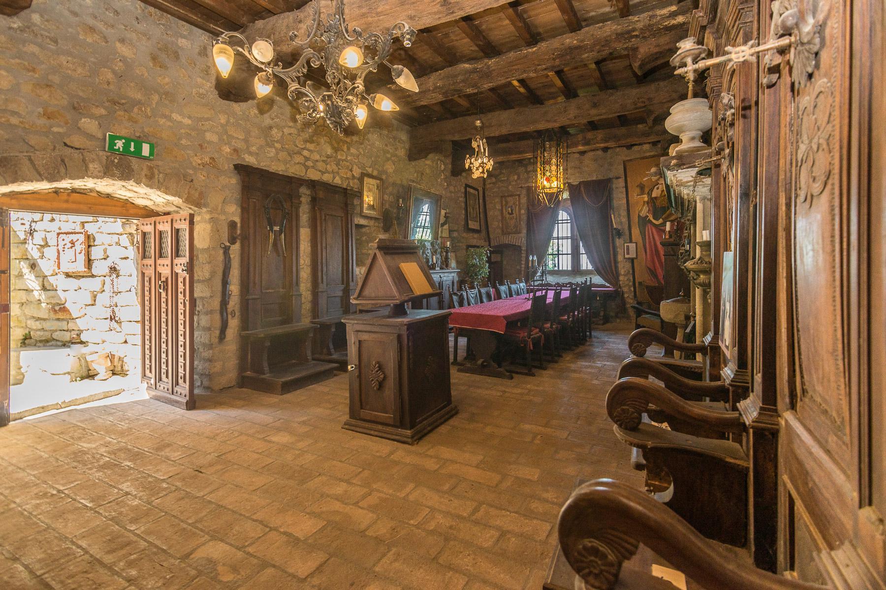 Château de Oramala - 10