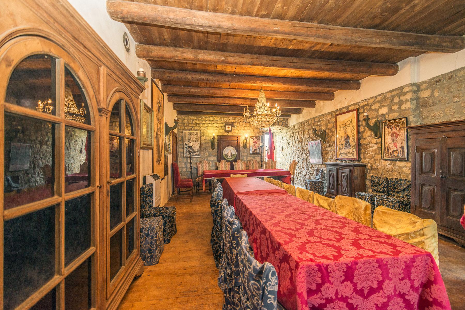 Château de Oramala - 11