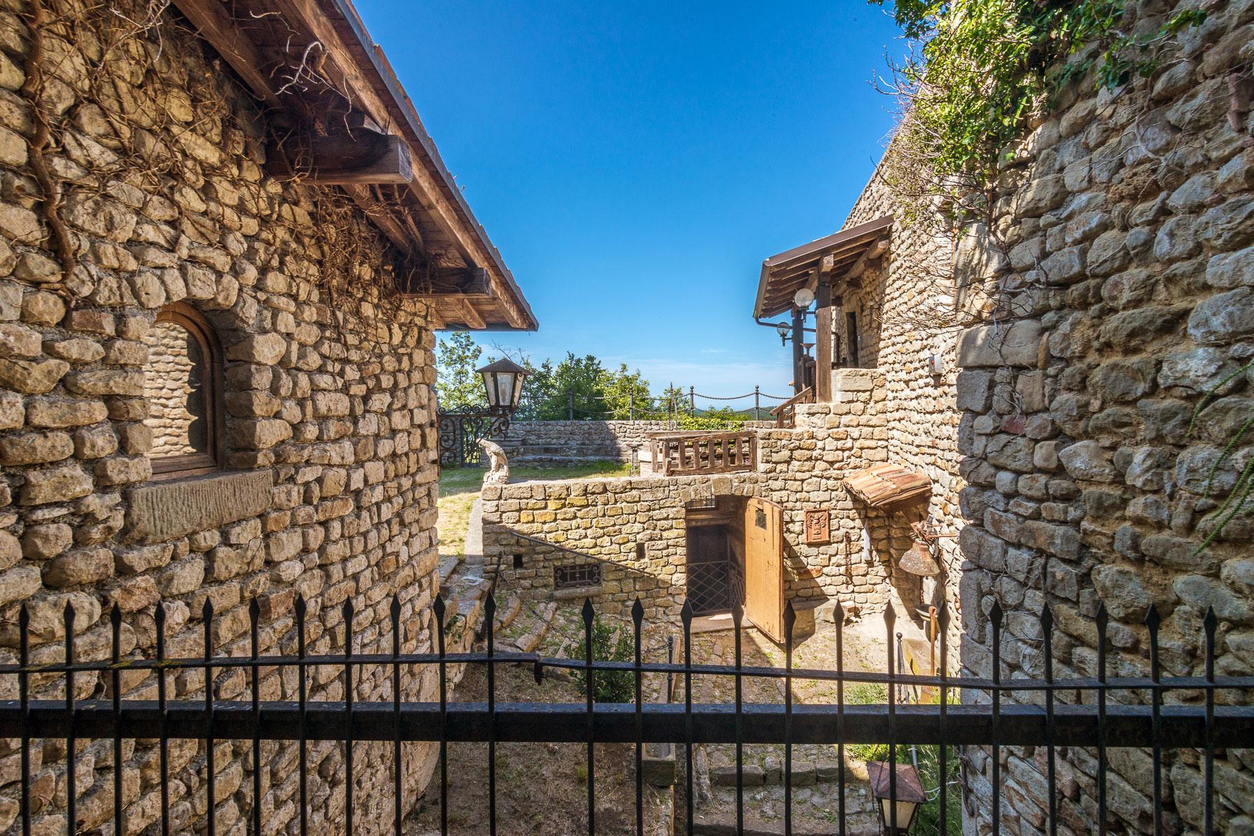 Château de Oramala - 16