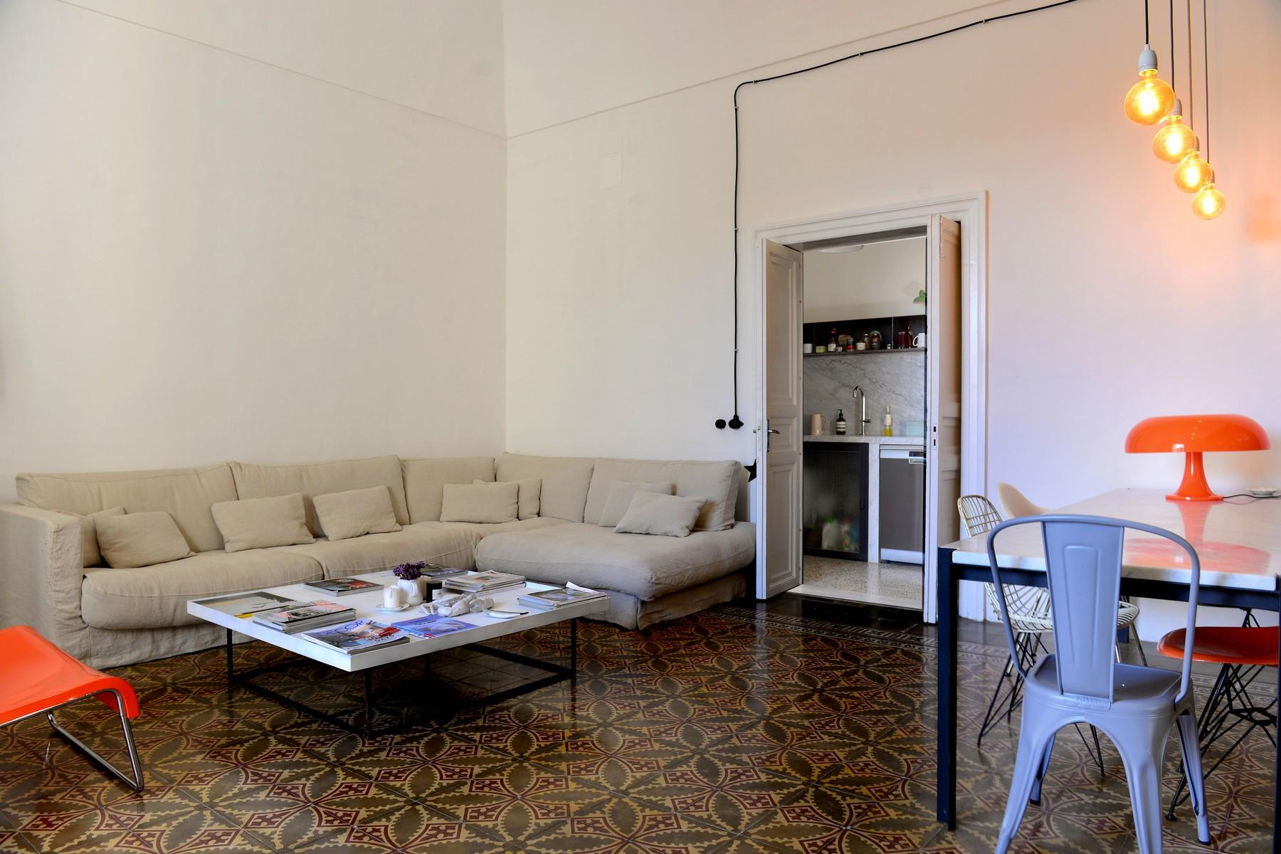 Renovated apartments with the original floors in Noto - 3