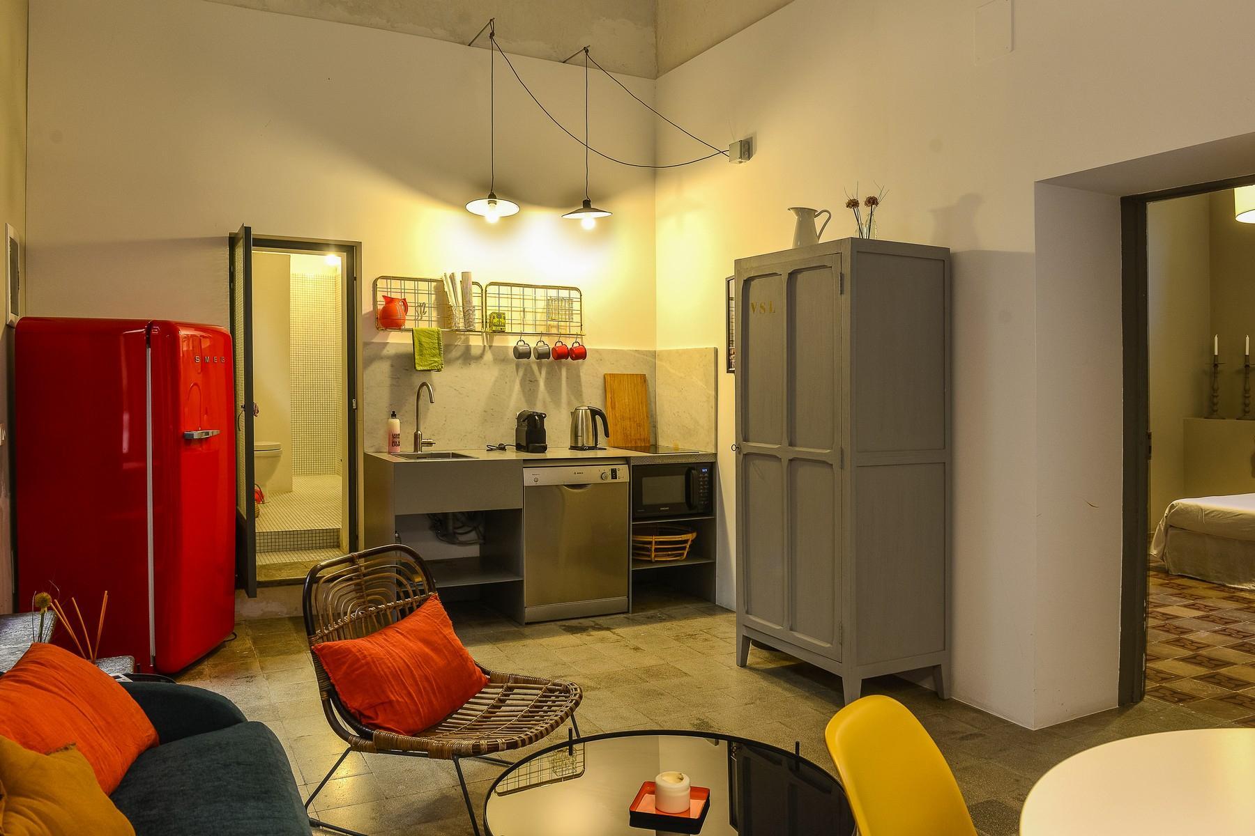 Noto铺设着原始地板的公寓 - 11