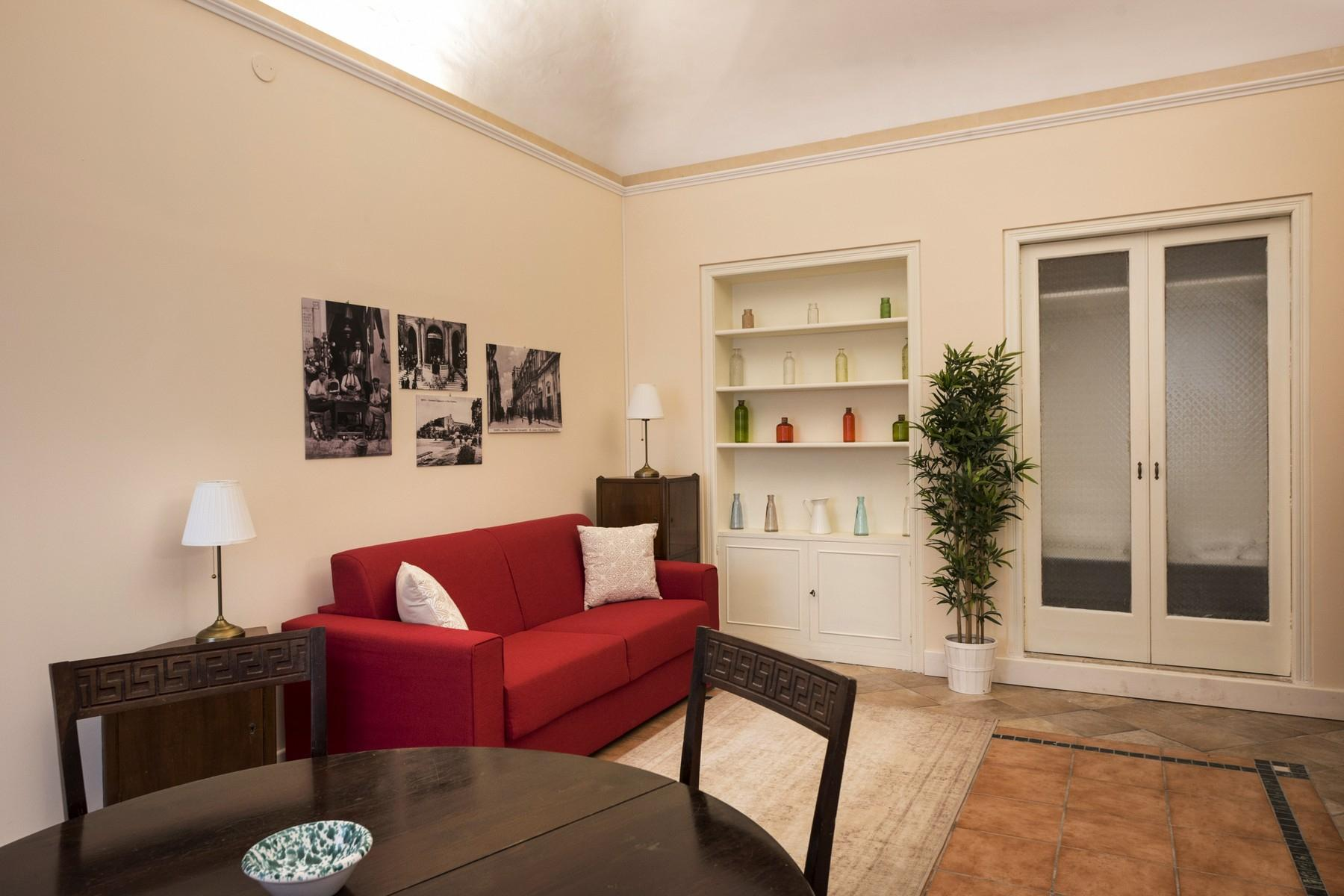 Renovated townhouse in Noto's Center - 4