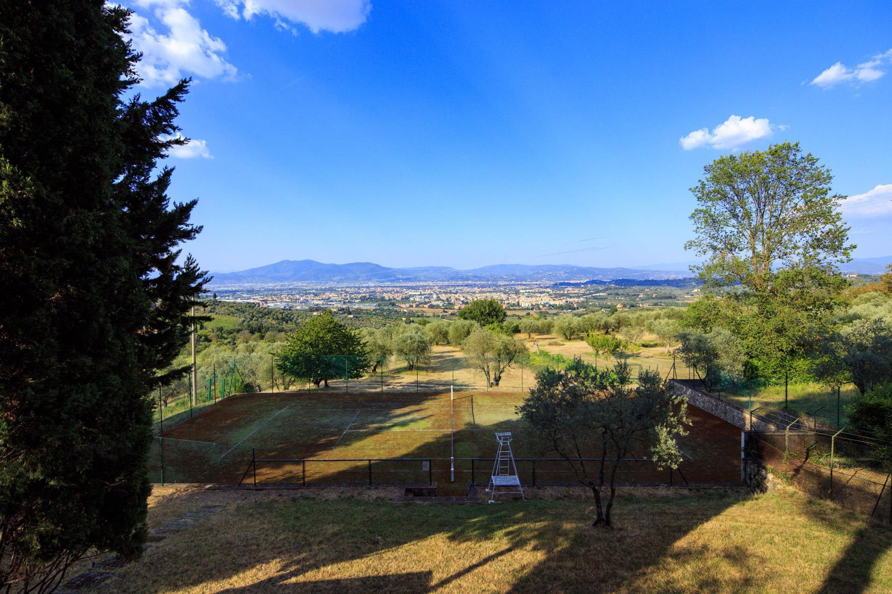 Maestosa Villa Rinascimentale sulle Colline Fiorentine con Cantina e Vigneto - 5
