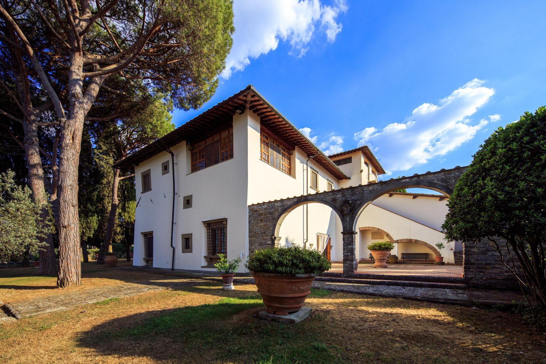 Maestosa Villa Rinascimentale sulle Colline Fiorentine con Cantina e Vigneto - 3