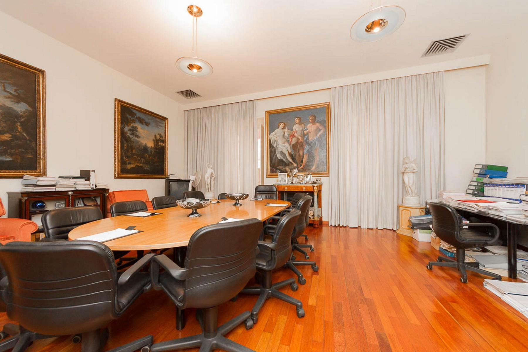 Luxury residential building in Rome city center - 18