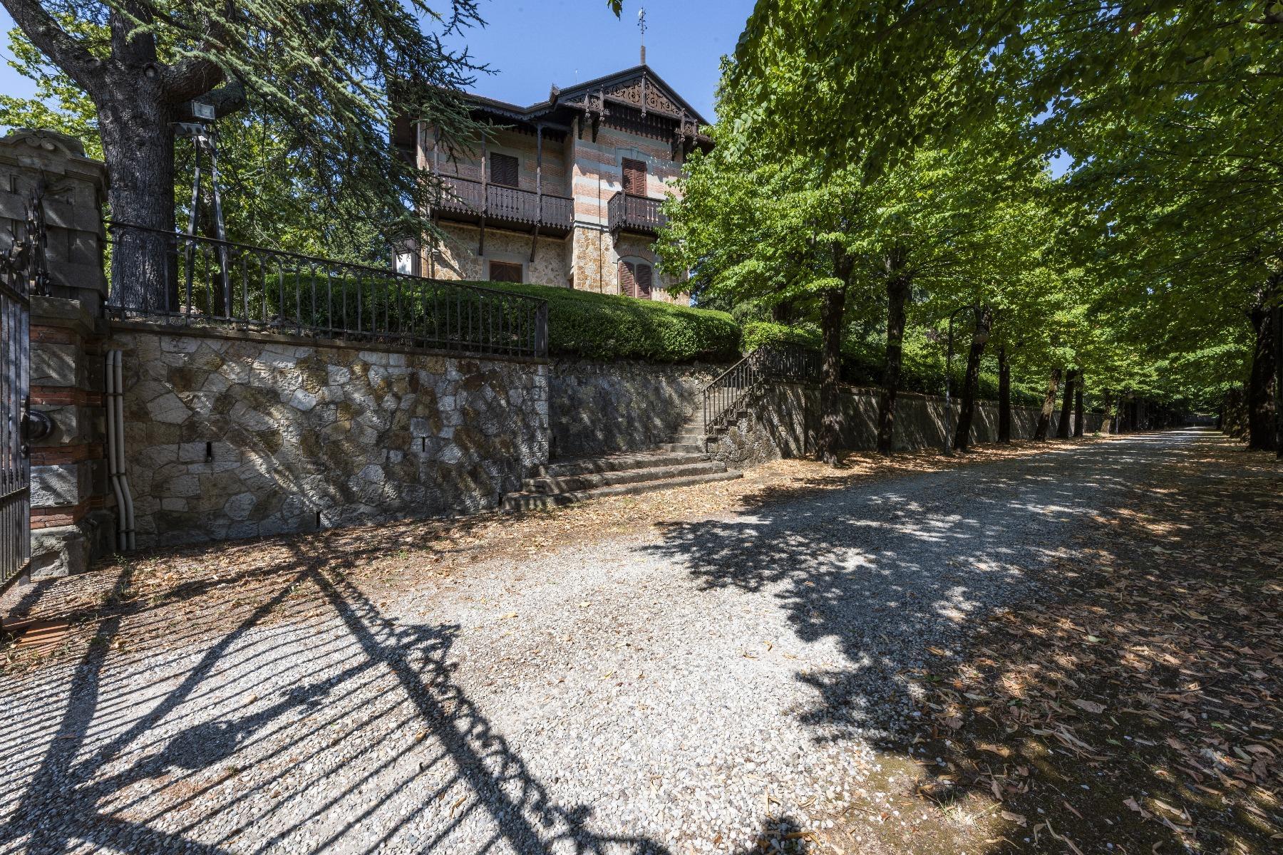 Maestosa Villa in stile Neo-Classico - 39