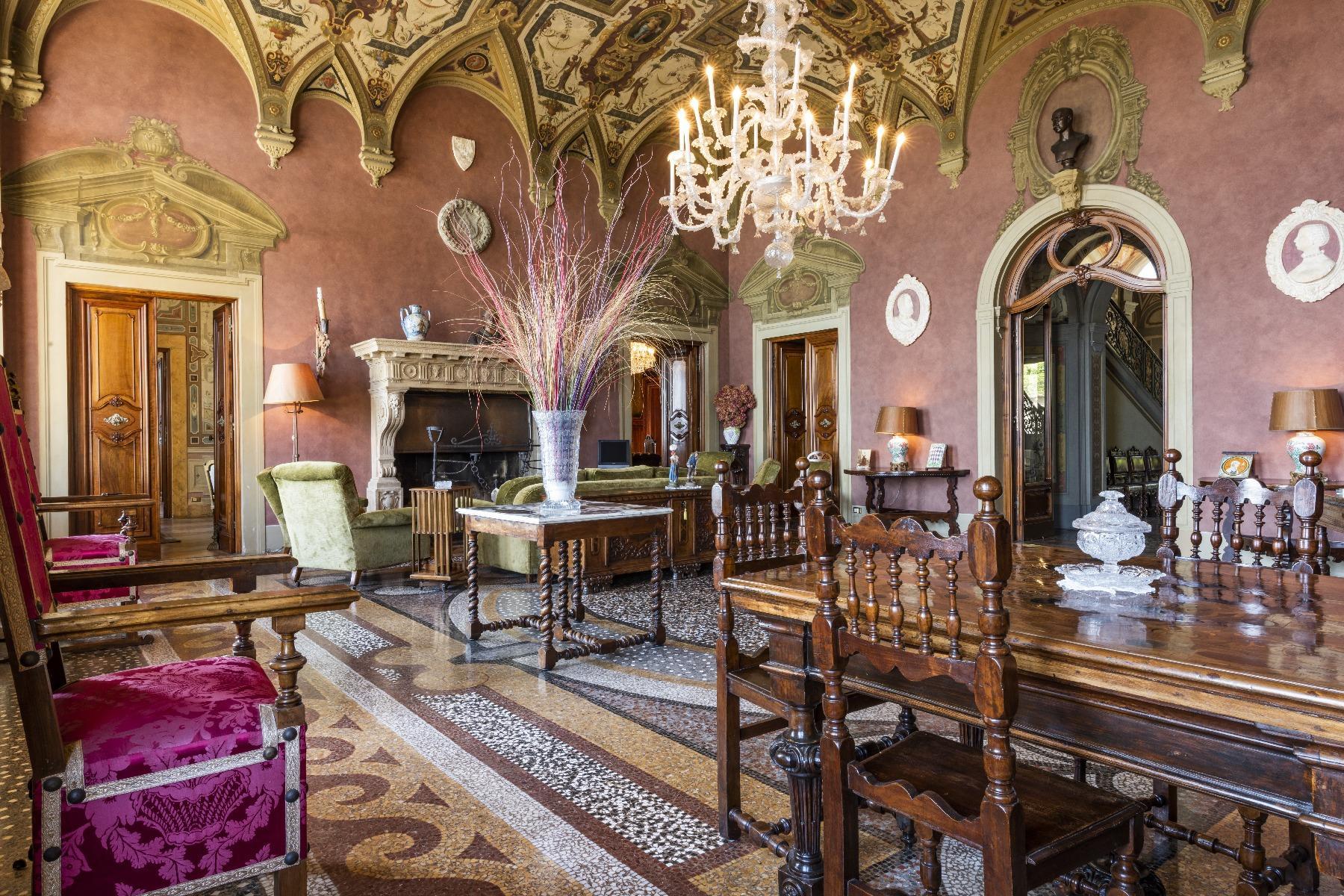 Maestosa Villa in stile Neo-Classico - 15