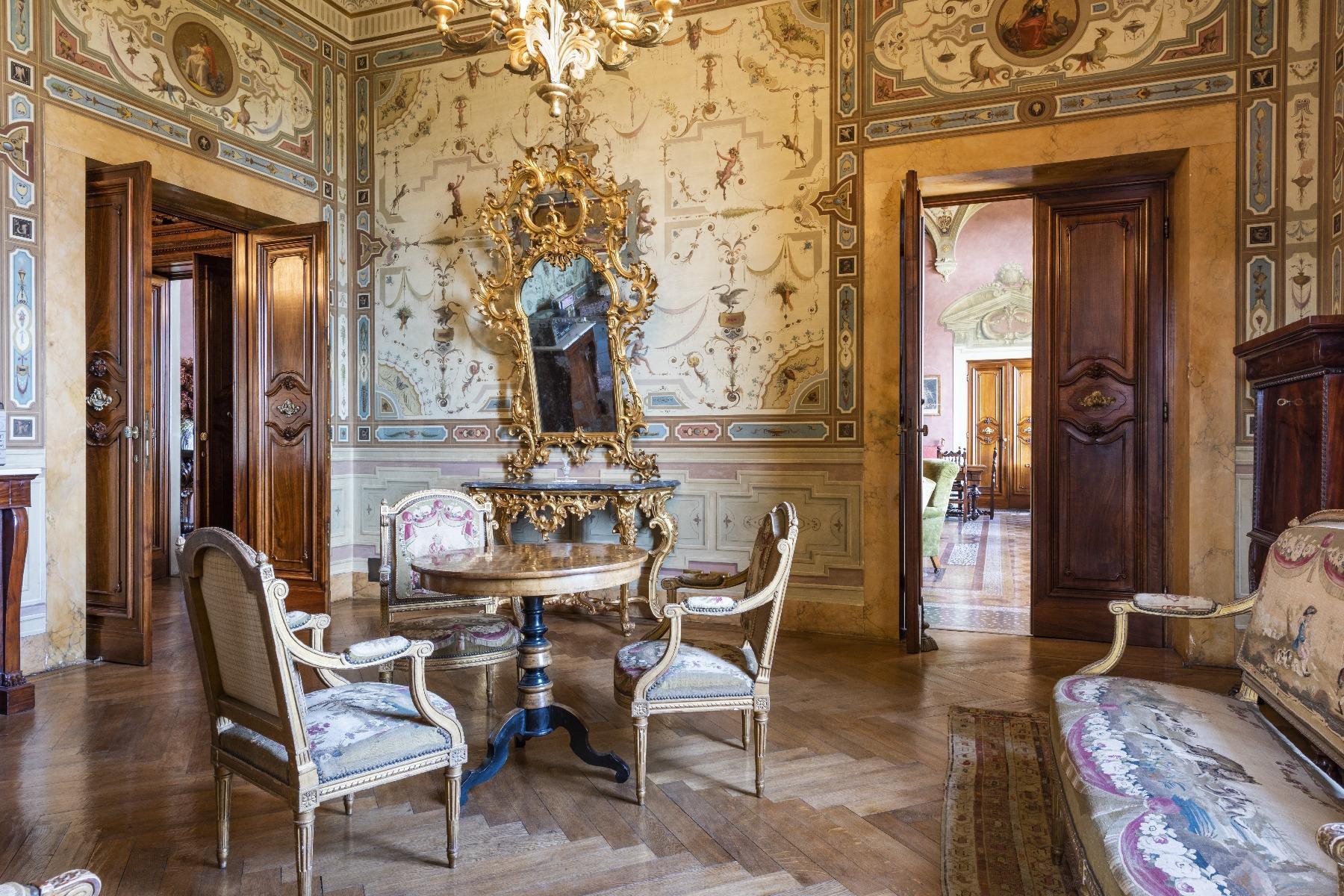 Maestosa Villa in stile Neo-Classico - 17