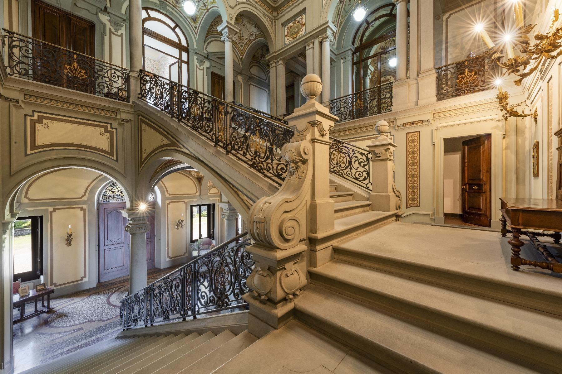 Maestosa Villa in stile Neo-Classico - 20