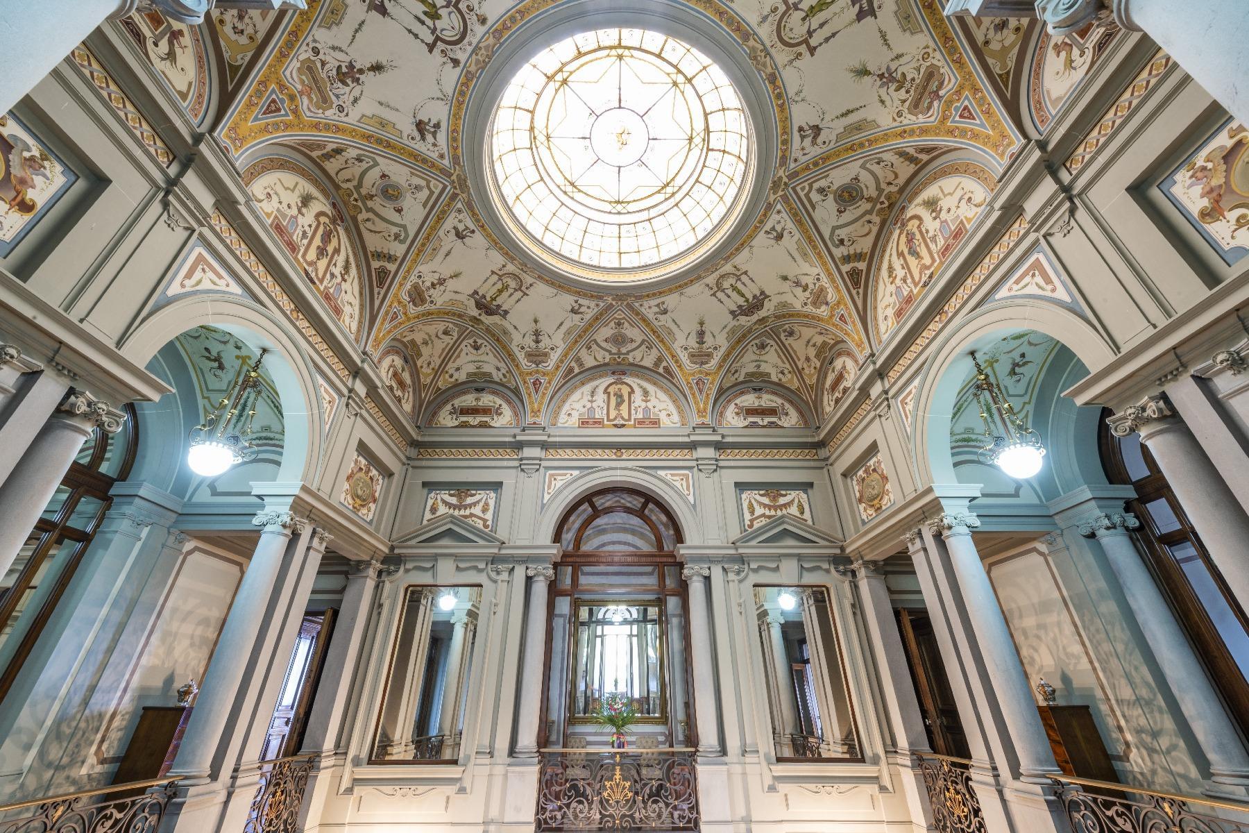 Maestosa Villa in stile Neo-Classico - 22