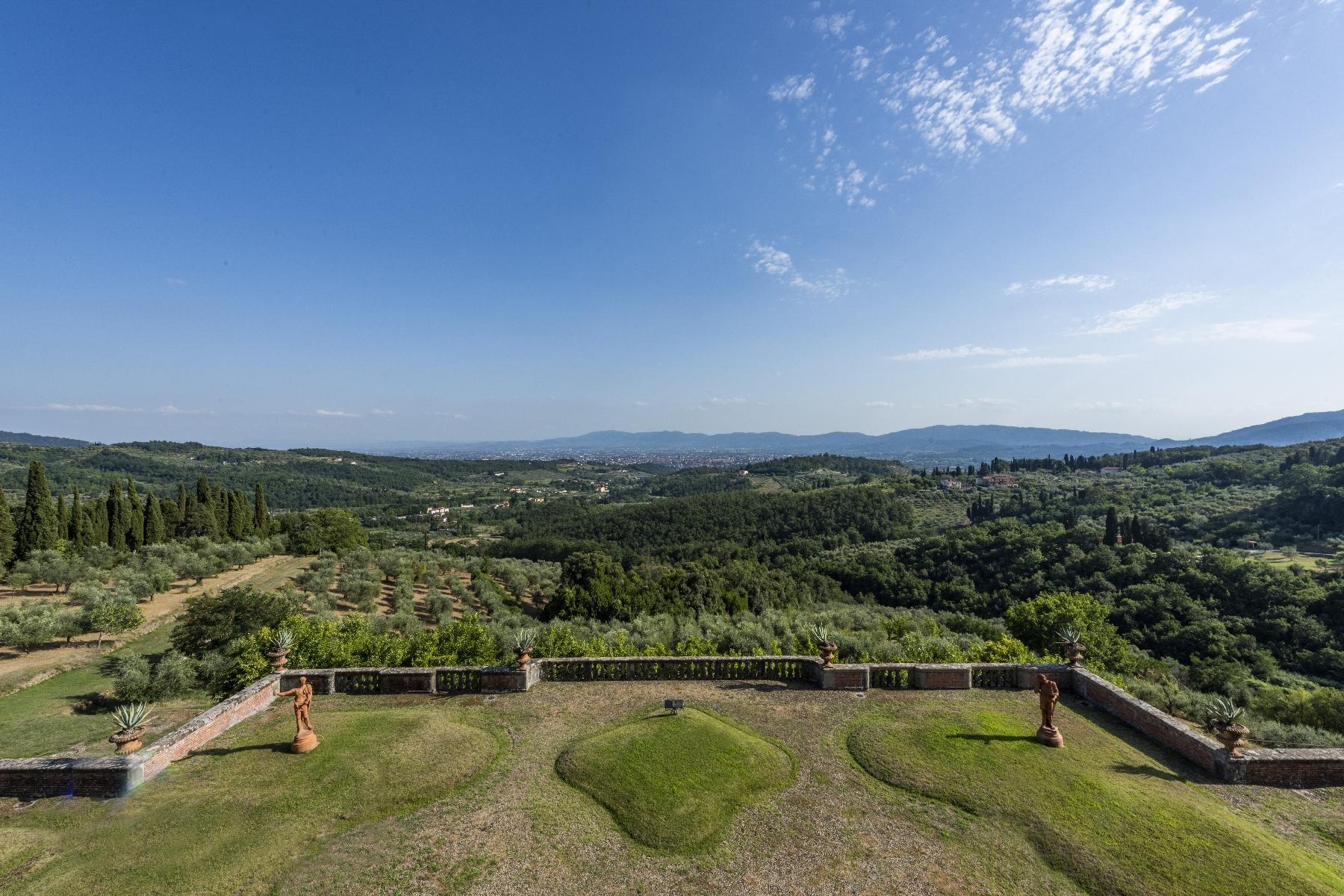 Maestosa Villa in stile Neo-Classico - 27