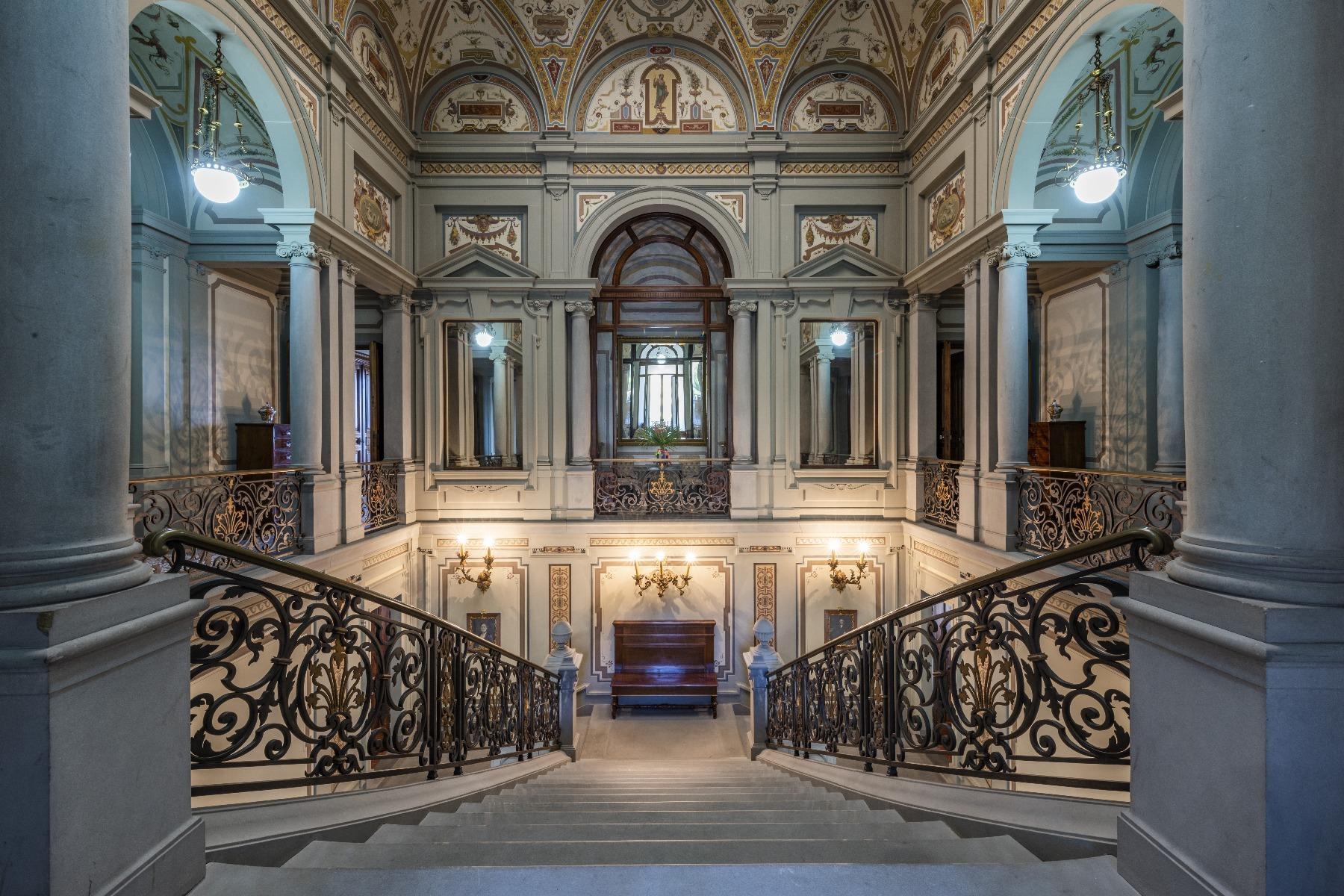 Maestosa Villa in stile Neo-Classico - 21
