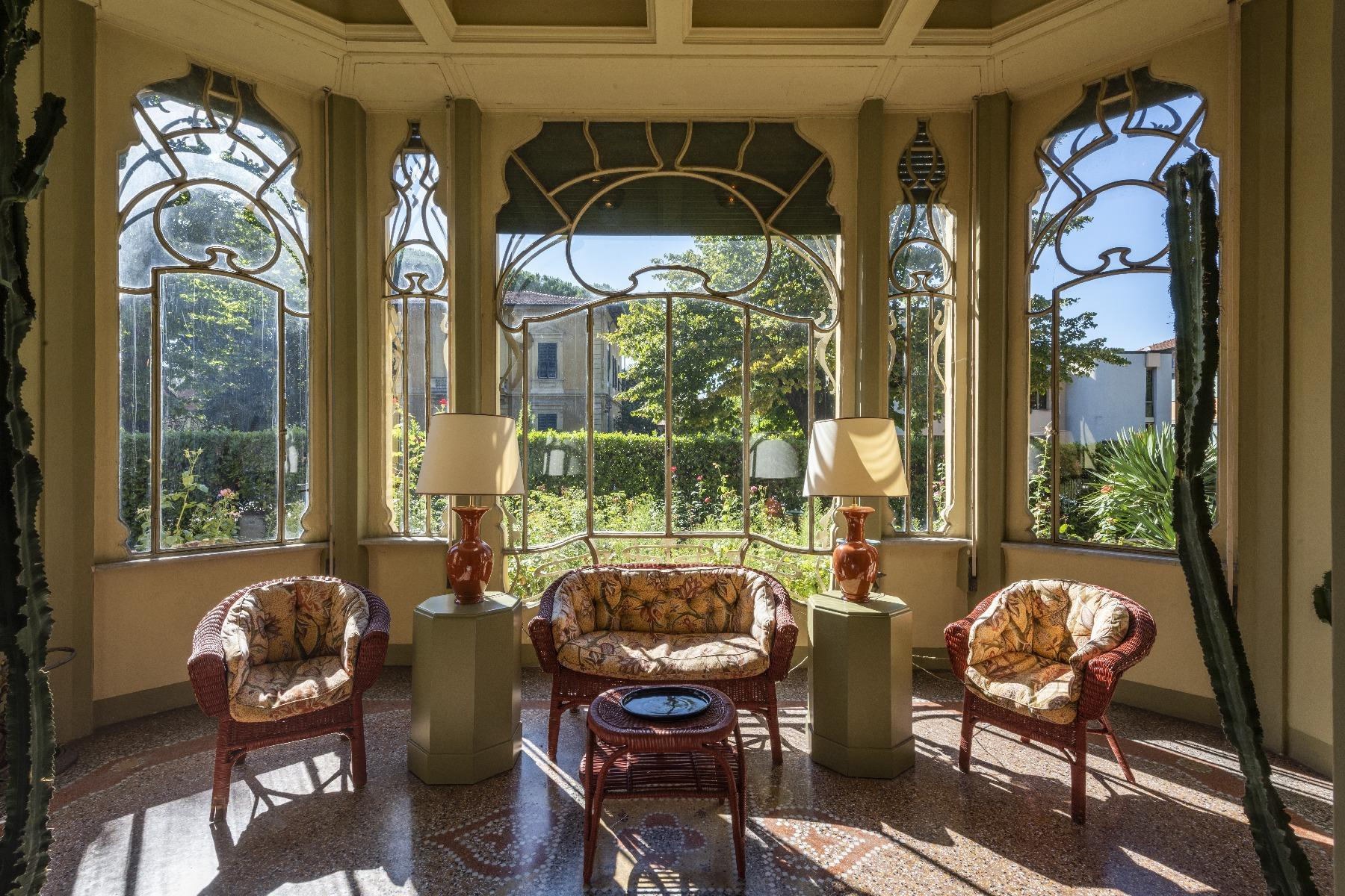 Extraordinary Liberty style villa - 3