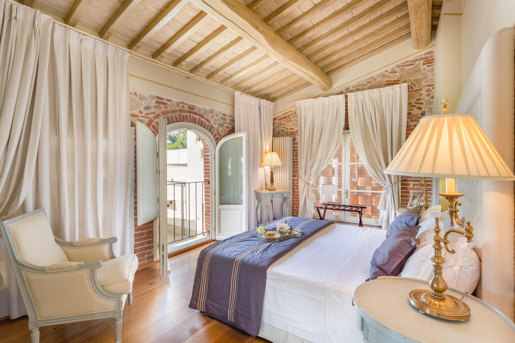 Charming luxury villa on the Tuscan hills - 11
