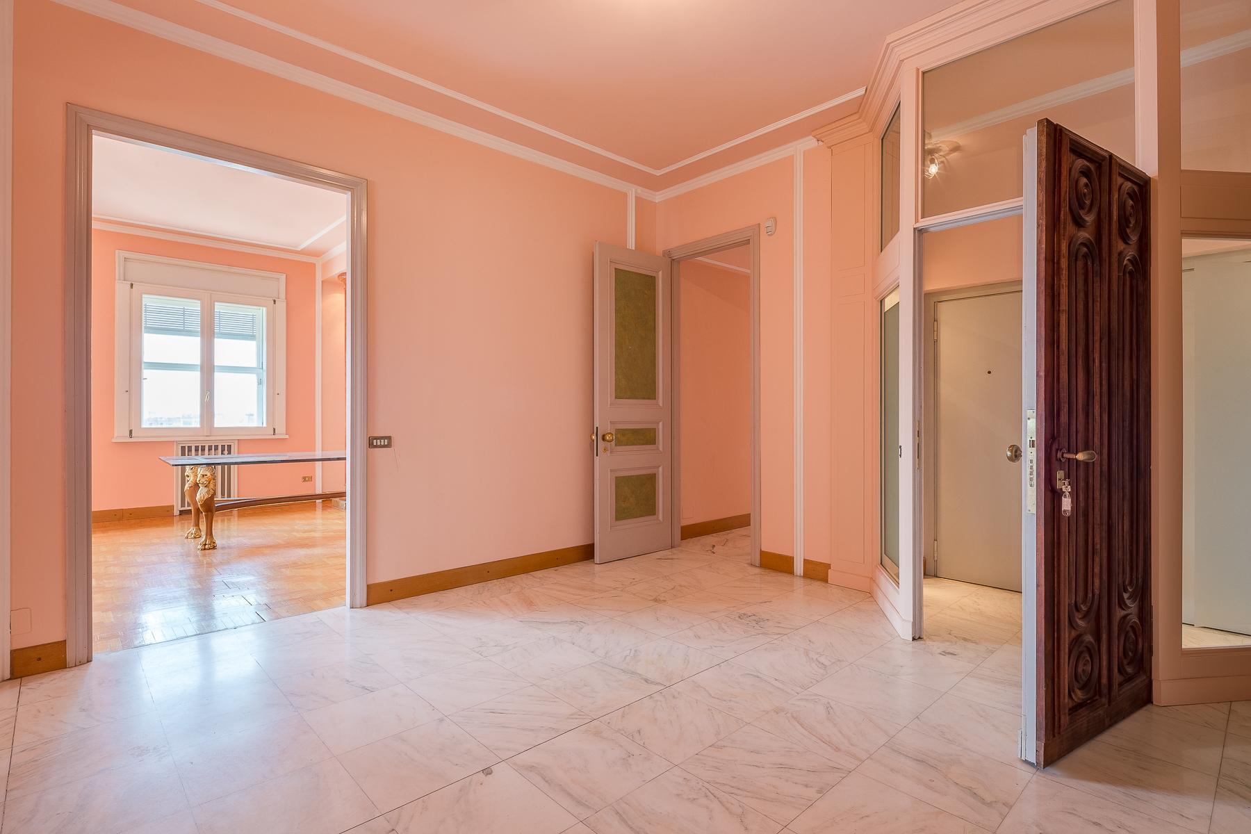Exclusive apartment in Piazza della Repubblica - 4