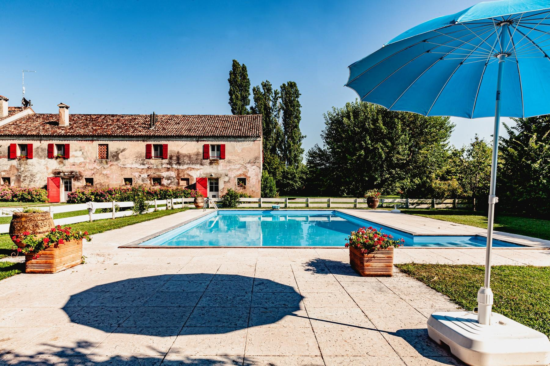 Charming ancient country house with park and pool - 21