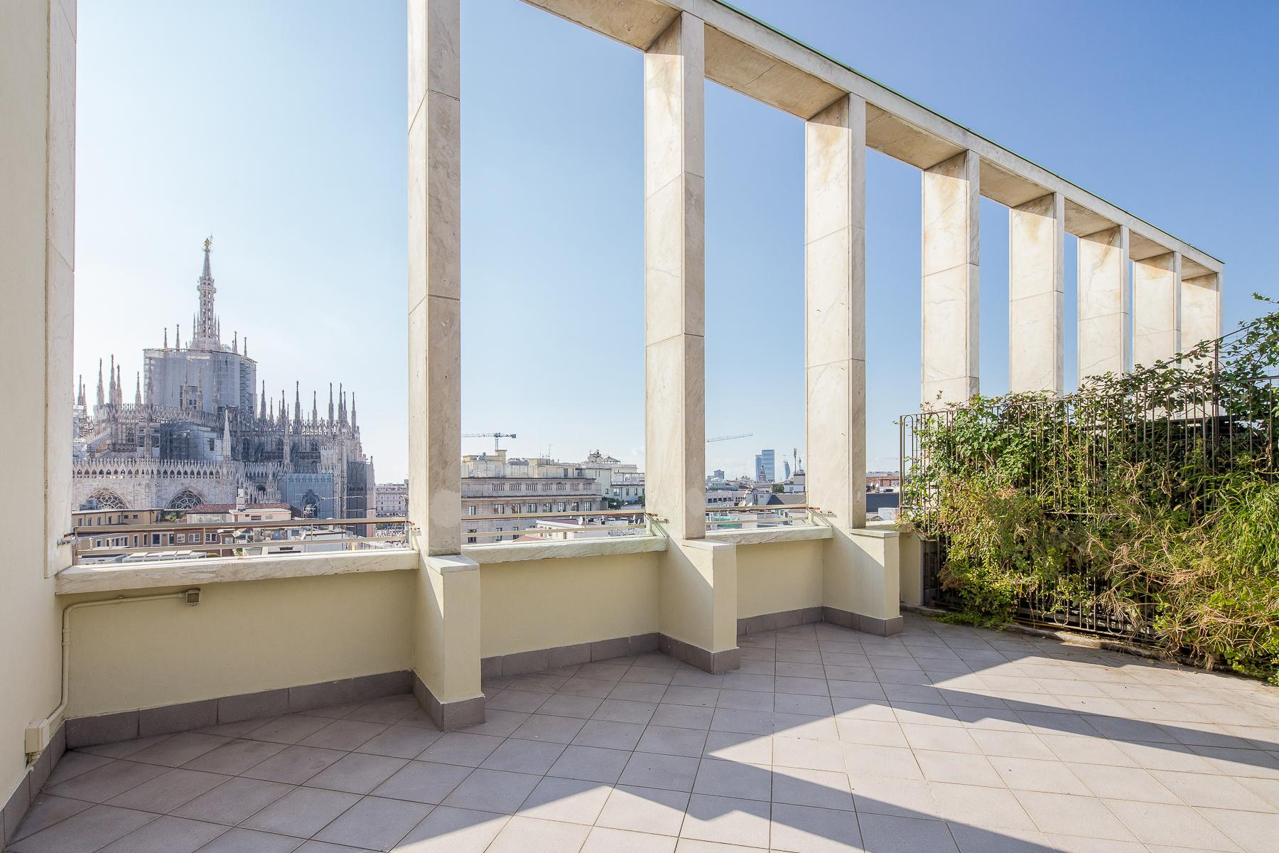 Elegant penthouse overlooking the Duomo - 2